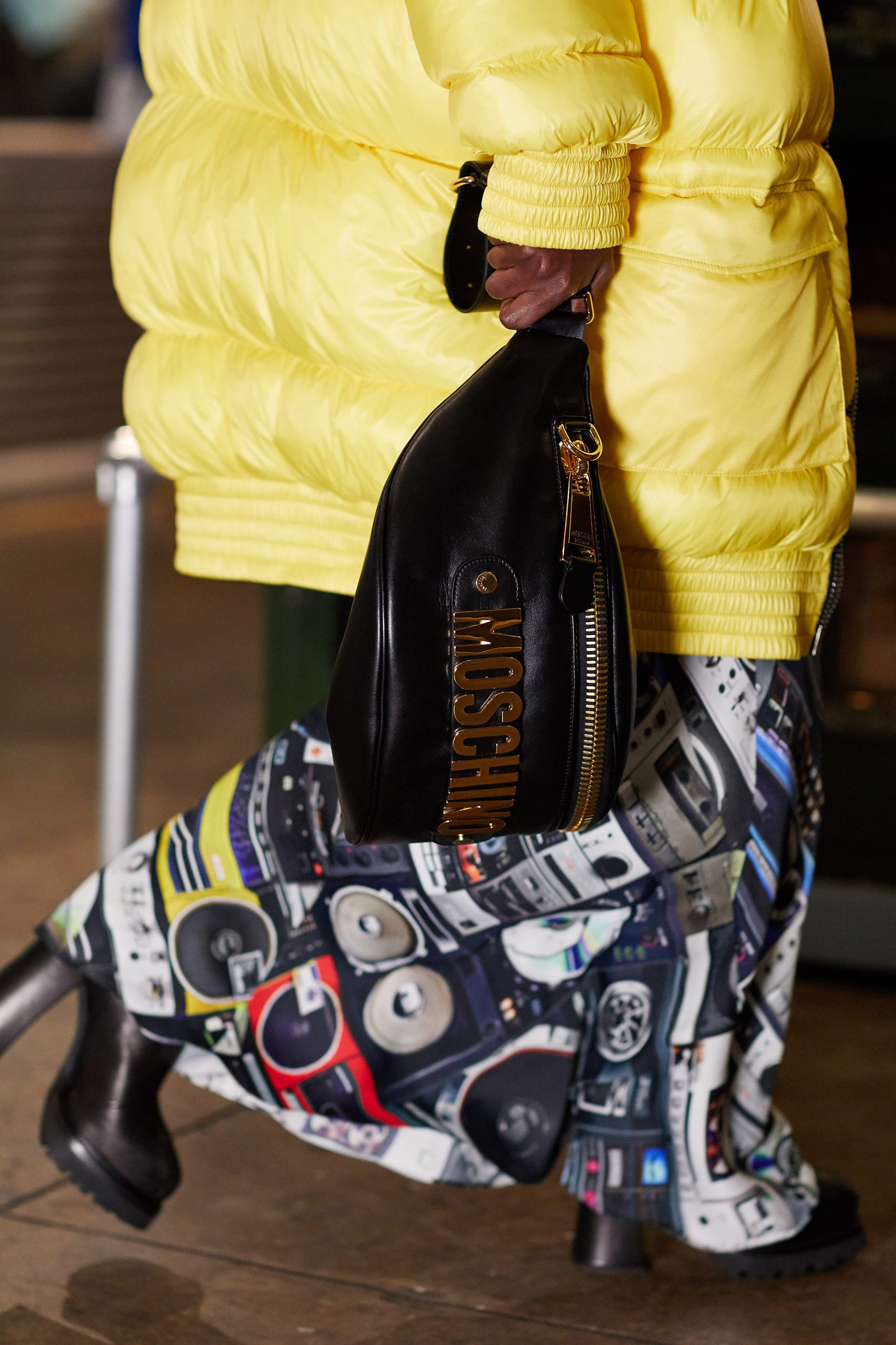 Moschino Pre-Fall 2020 Fashion Show Details Pictures