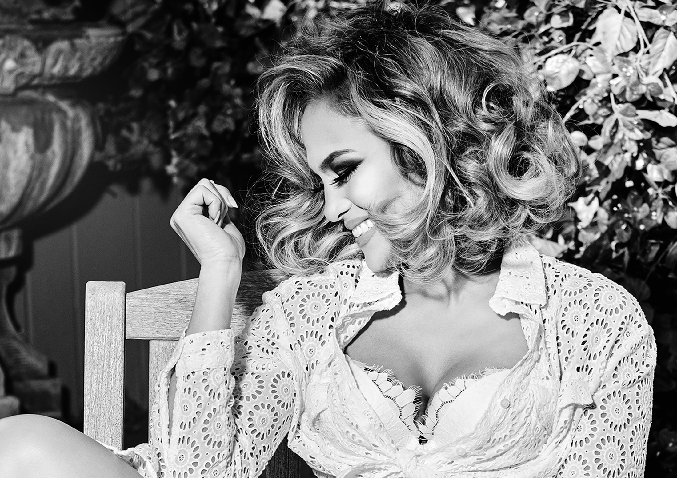 GUESS Announces Return of Jennifer Lopez as the face of GUESS