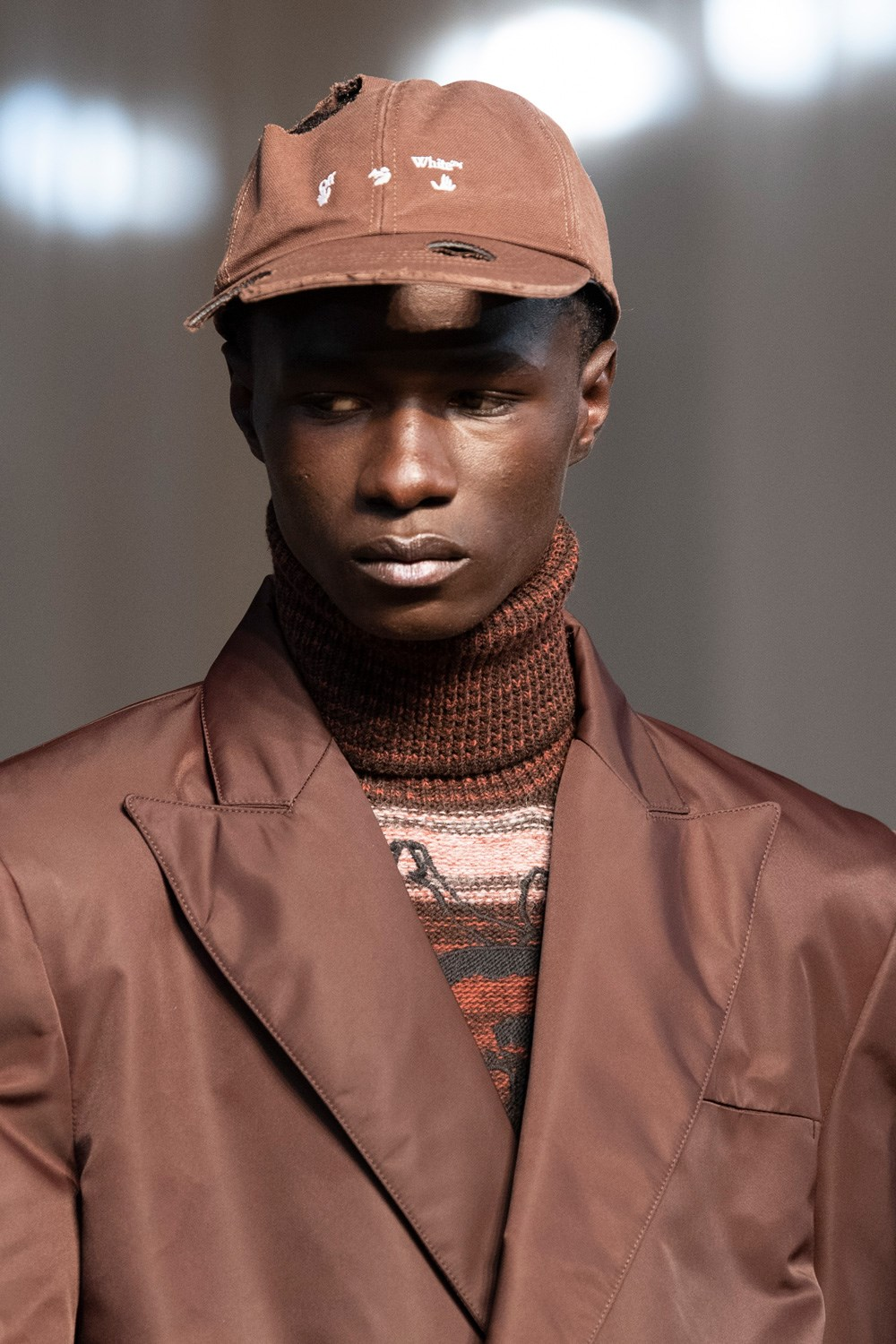 Off-white Fall 2020 Men's Fashion Show Details