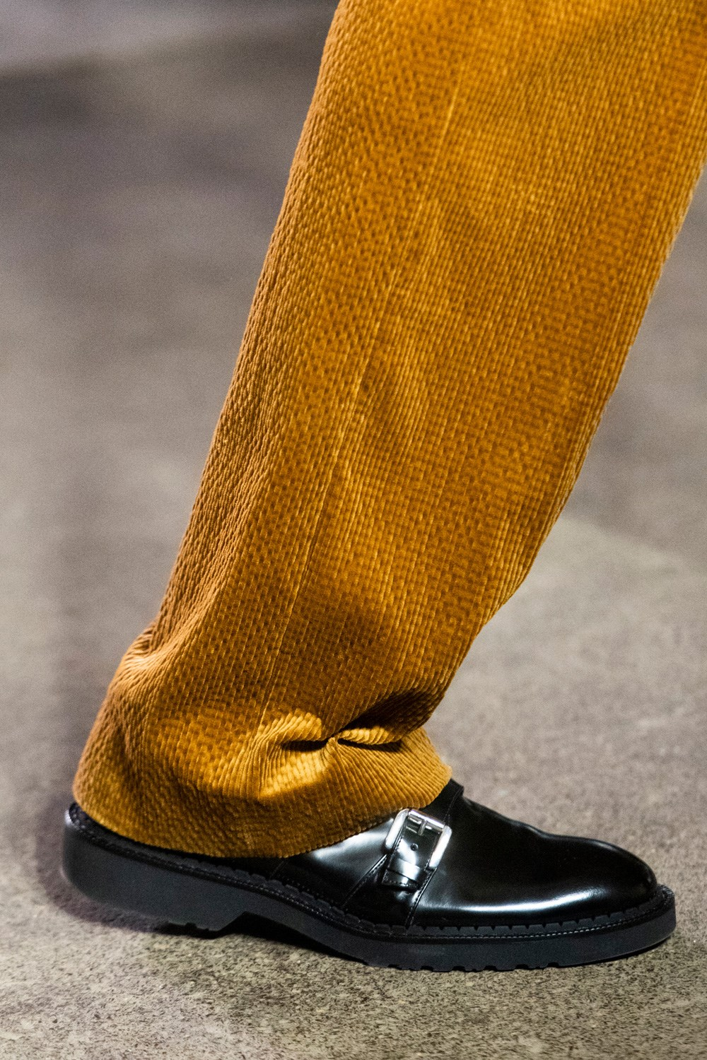 Qasimi Fall 2020 Men's Fashion Show Accessory Photos