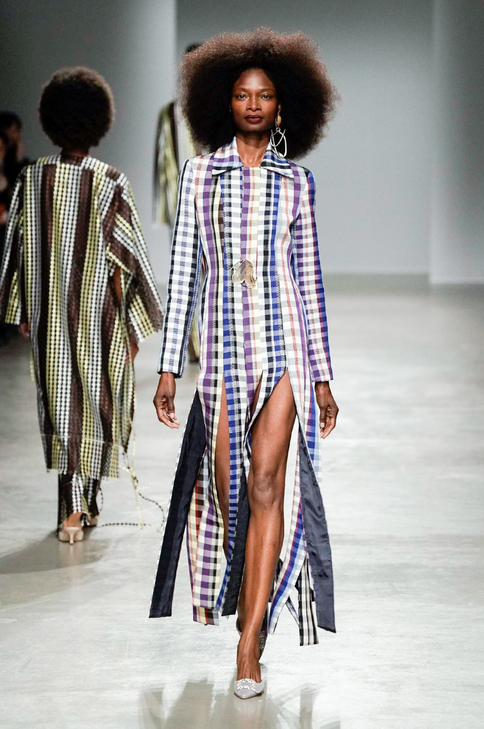 Kenneth Ize Fall 2020 Fashion Show Photos