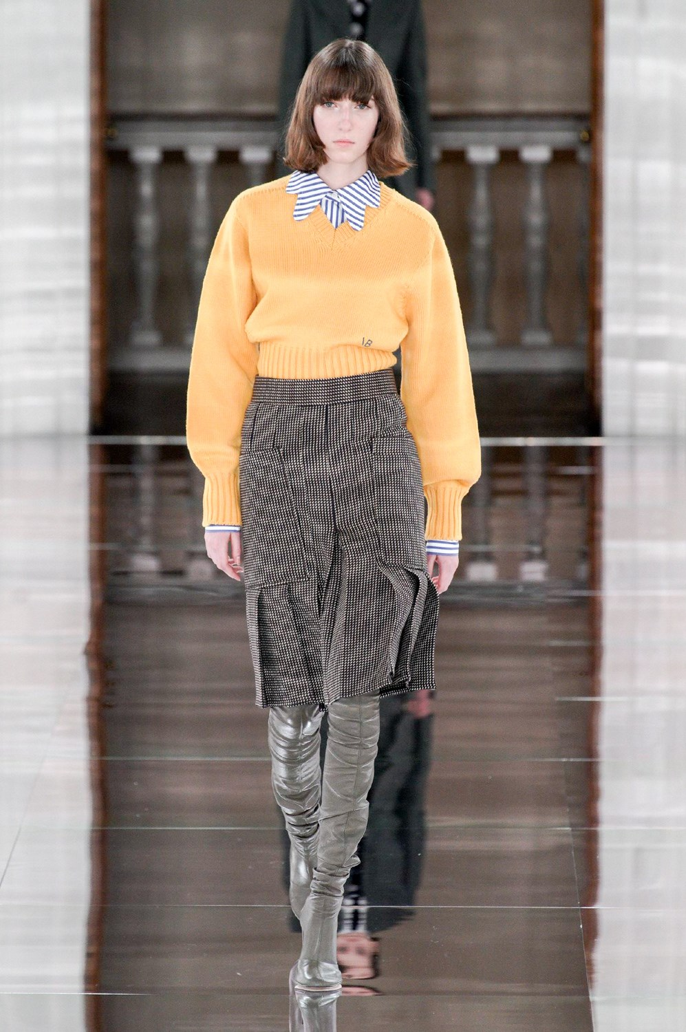 Victoria Beckham Fall 2020 Fashion Show Photos