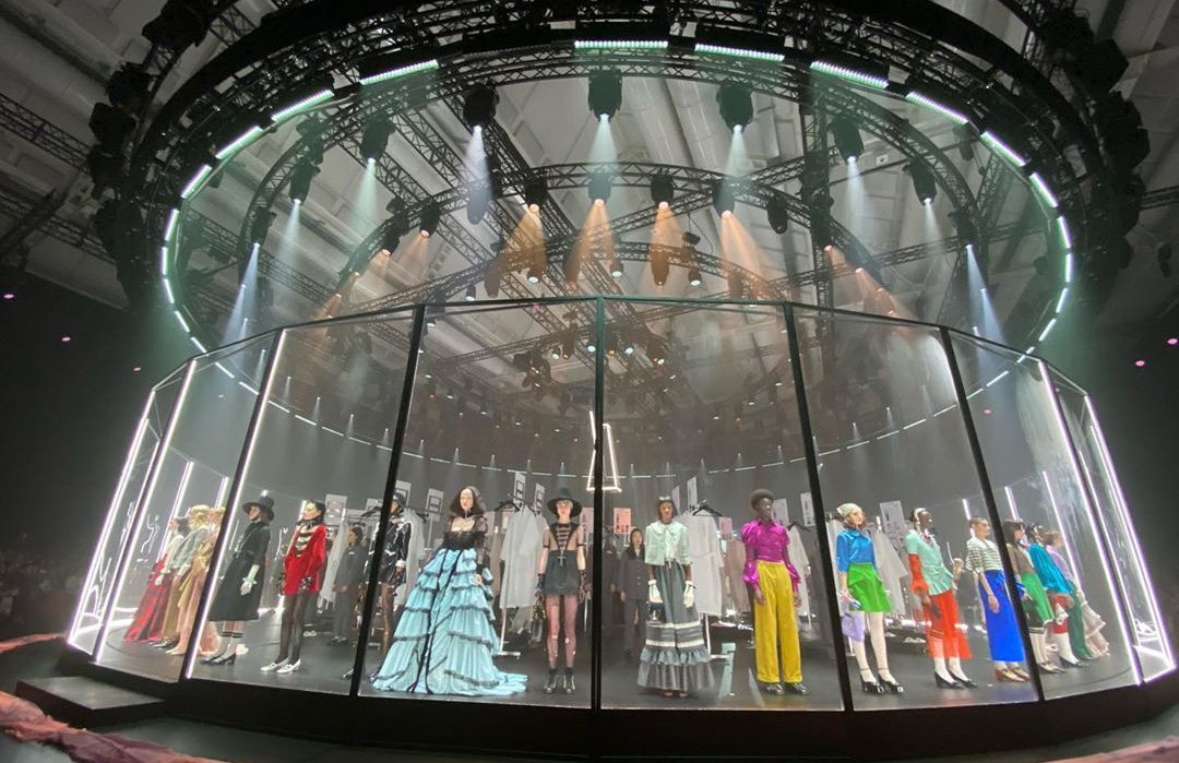 Top Fall 2020 Fashion Show Sets and Spaces Photos