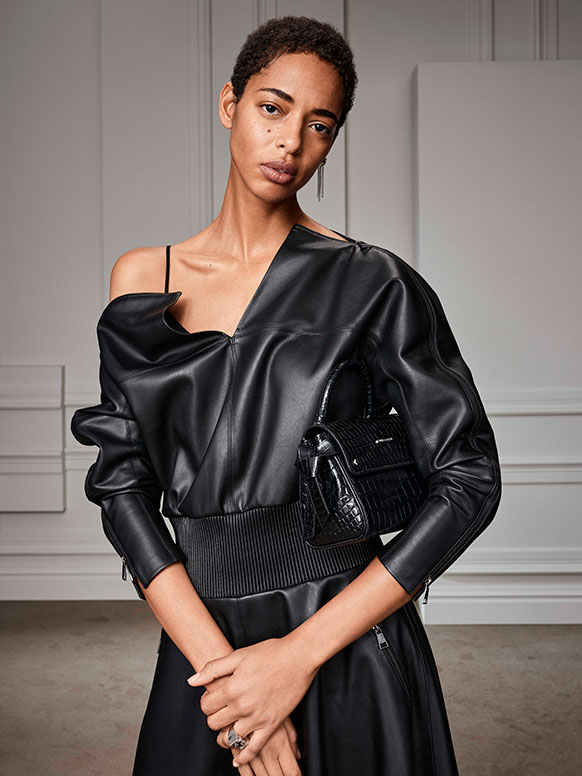 Karl Lagerfeld Fall 2020 Fashion Collection Photos