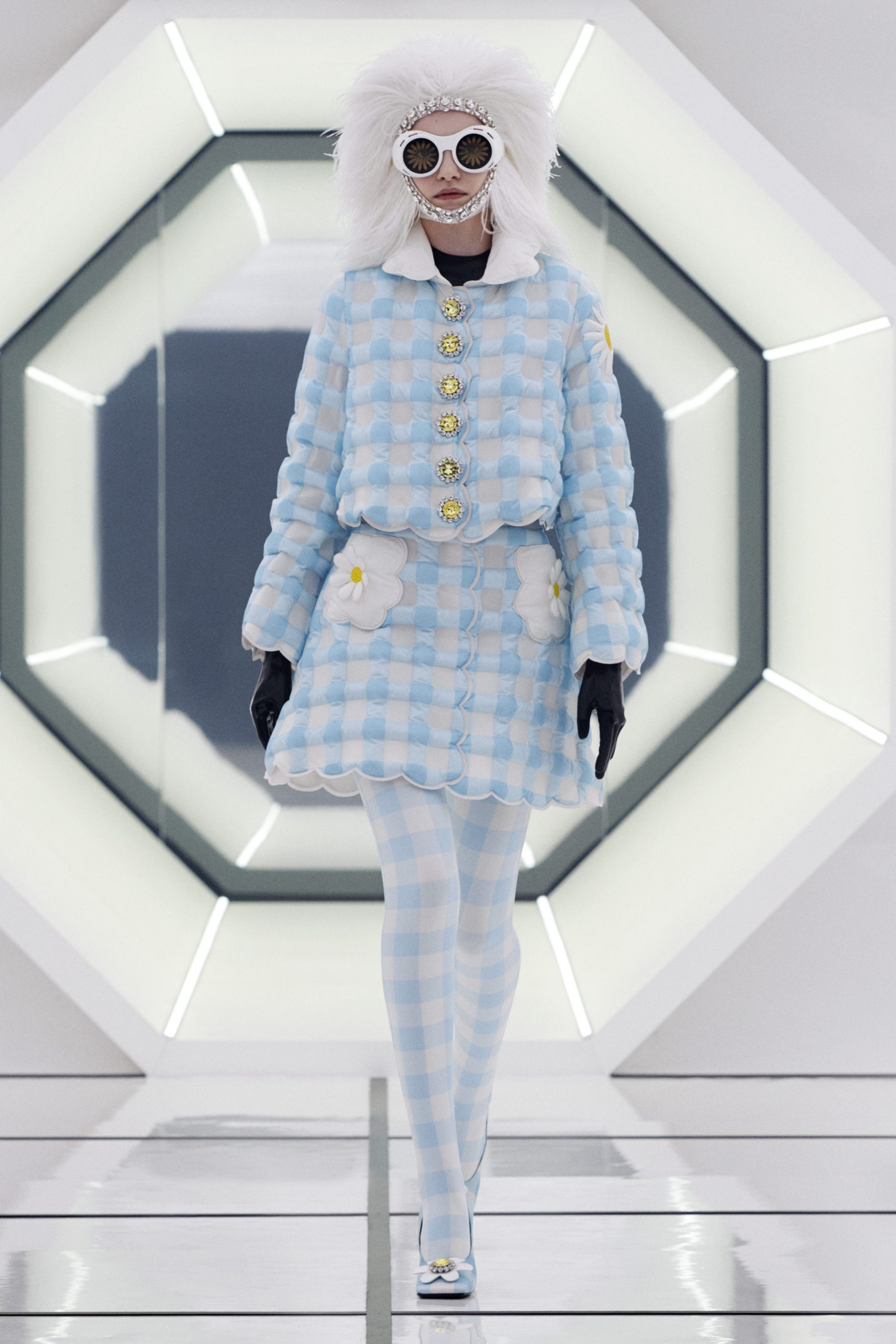 Moncler Richard Quinn Fall 2020 Fashion Show Photos