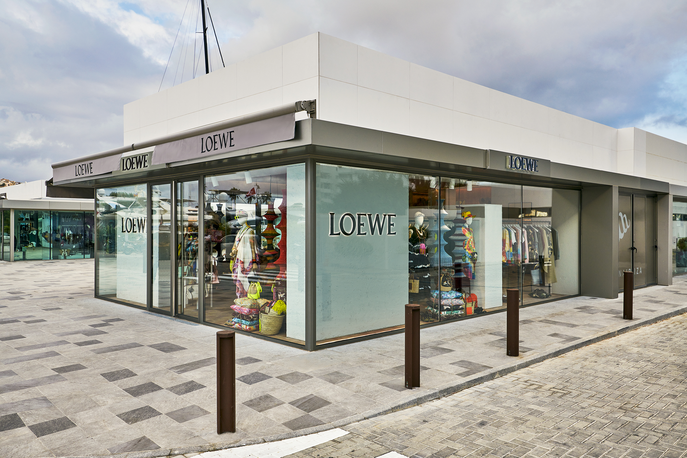 Loewe Opens Pop-Up stores in Ibiza and St. Tropez