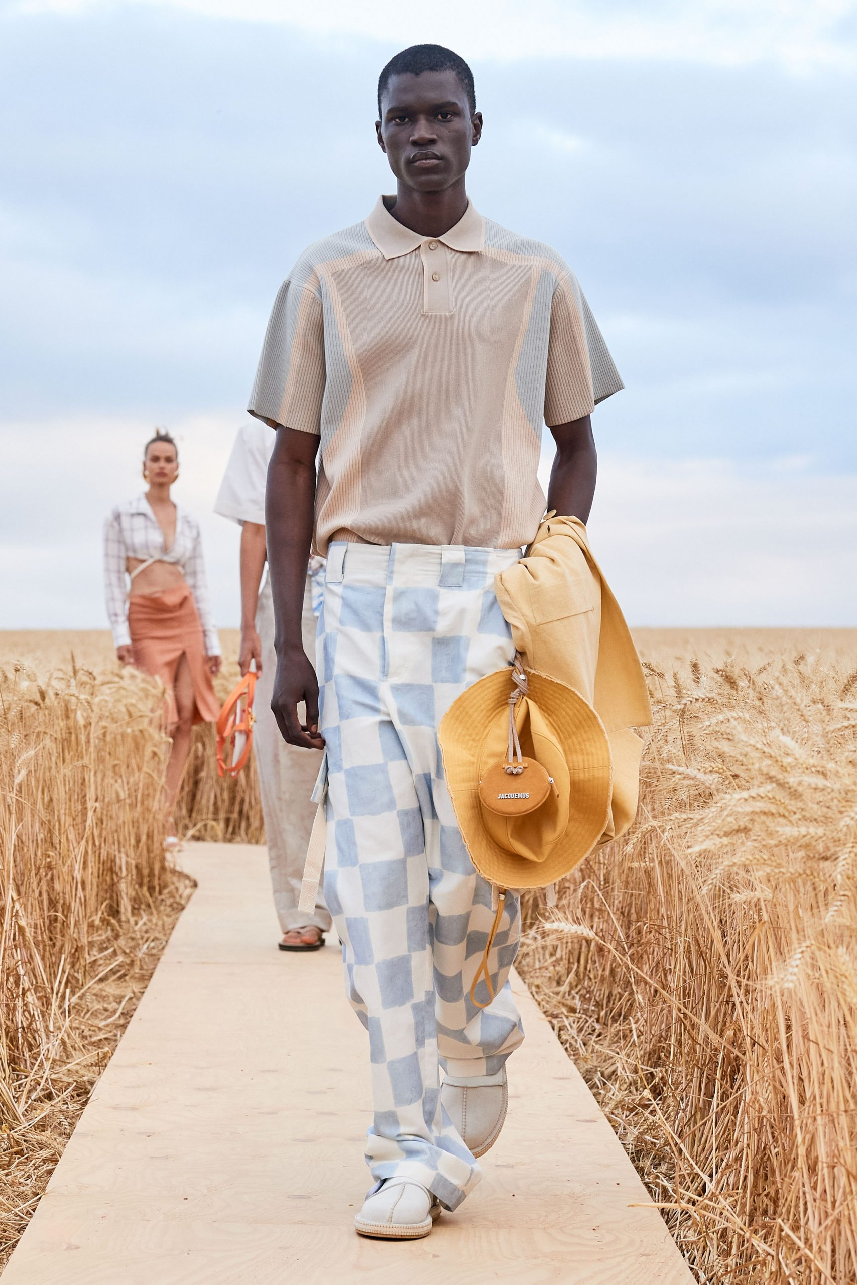 Jacquemus Spring 2021 Men's Fashion Show Photos