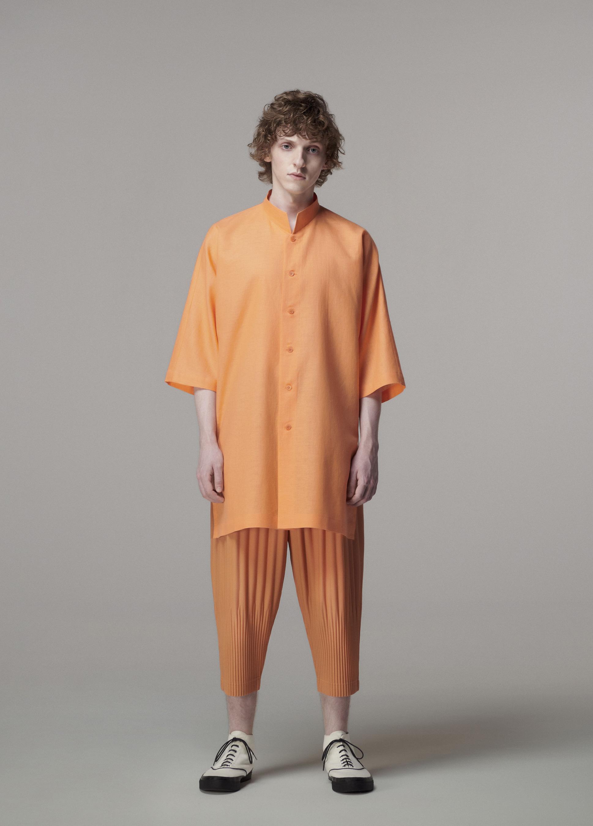Issey Miyake Spring 2021 Men's Fashion Show Photos