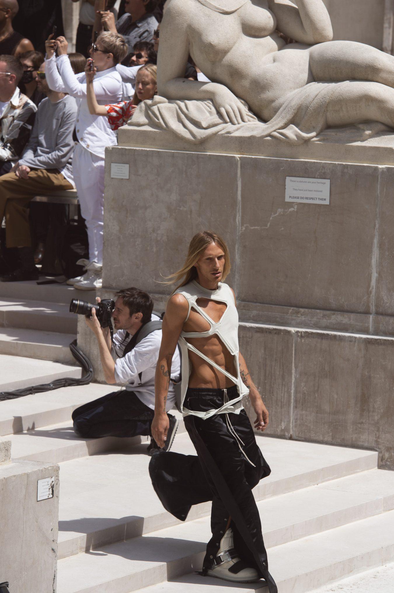 fashion shows eyewitness account