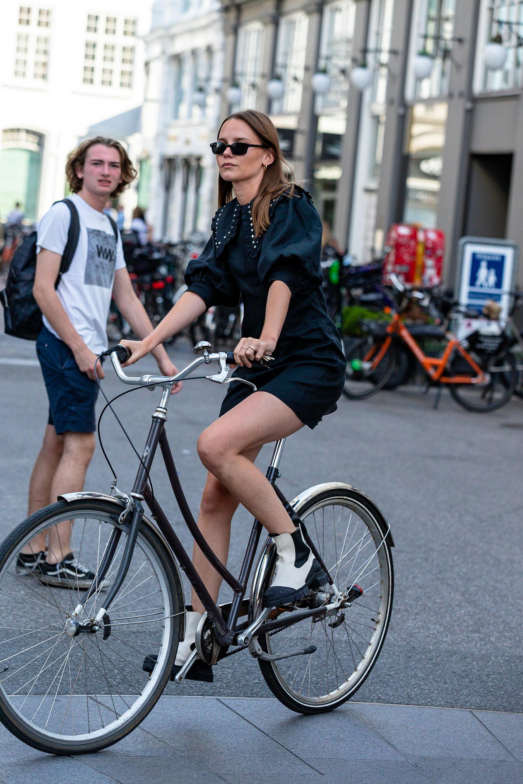 Copenhagen Fashion Week Spring 2021 Street Style Photos by Nick Leuze