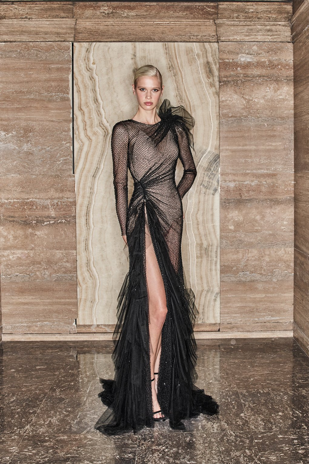 Atelier Versace Fall 2020 Couture Fashion Show Photos
