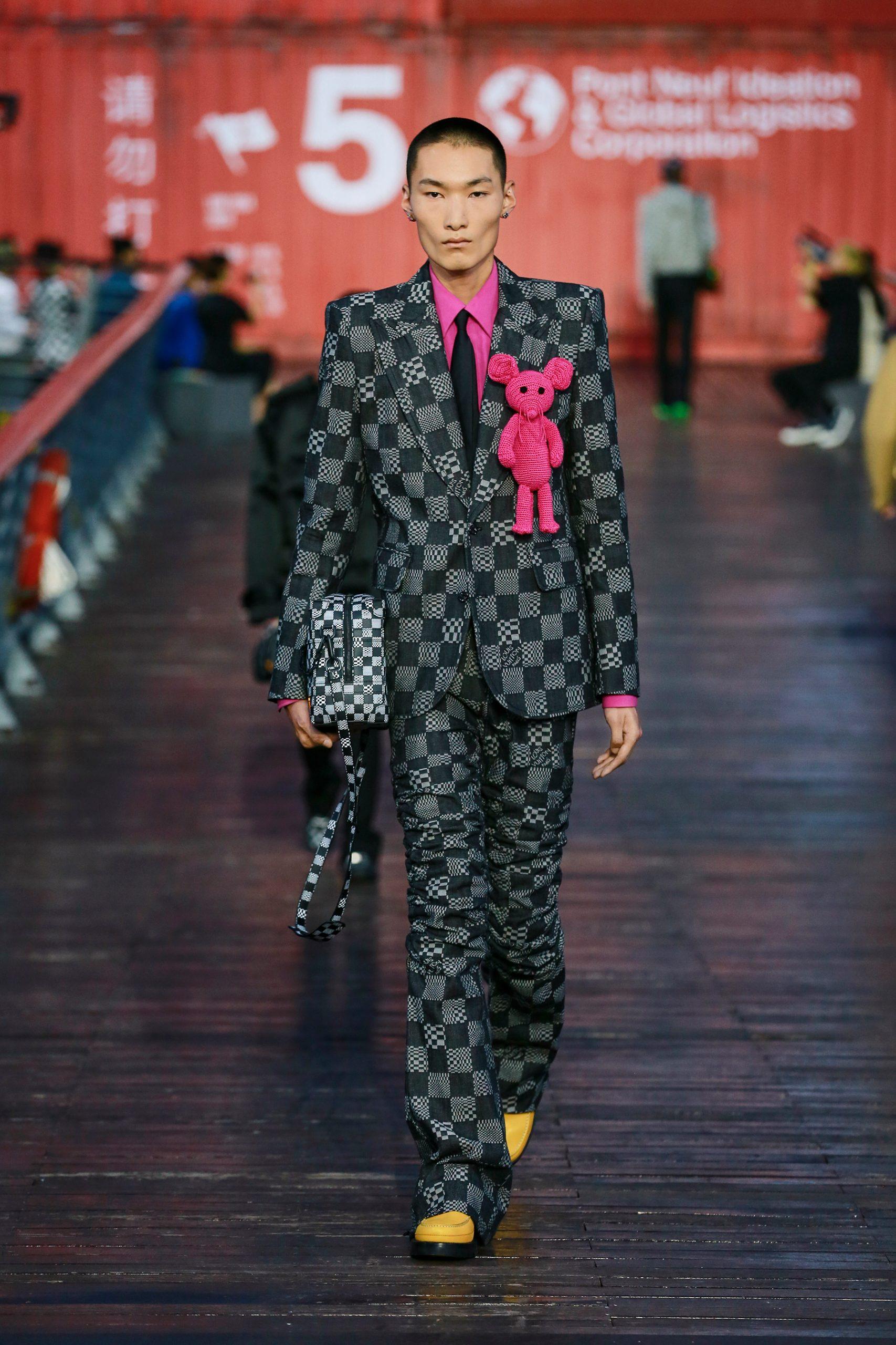 Louis Vuitton Men's Spring 2021 Fashion Show