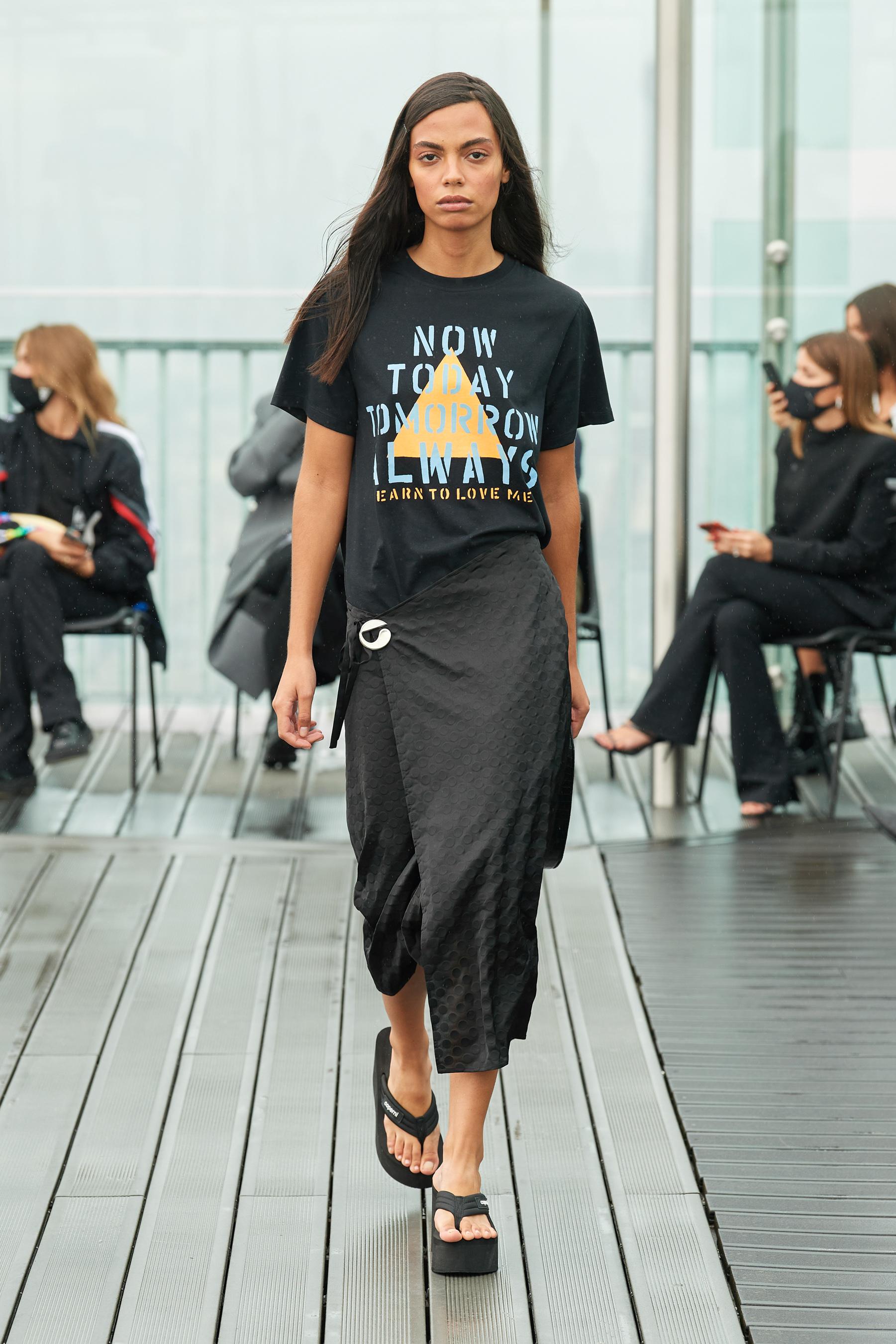 Coperni Spring 2021 Fashion Show