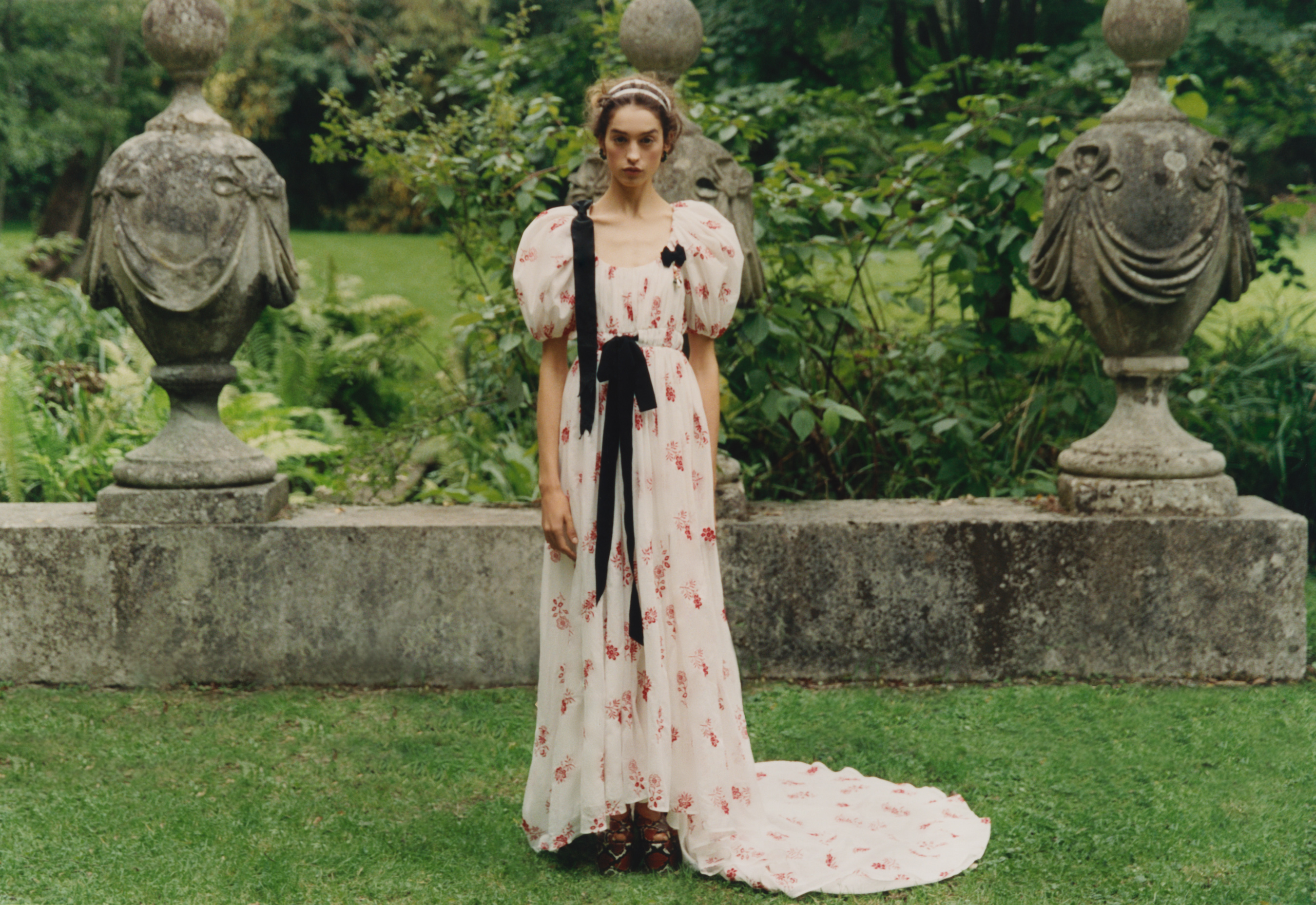 Erdem Spring 2021 Fashion Show Photos