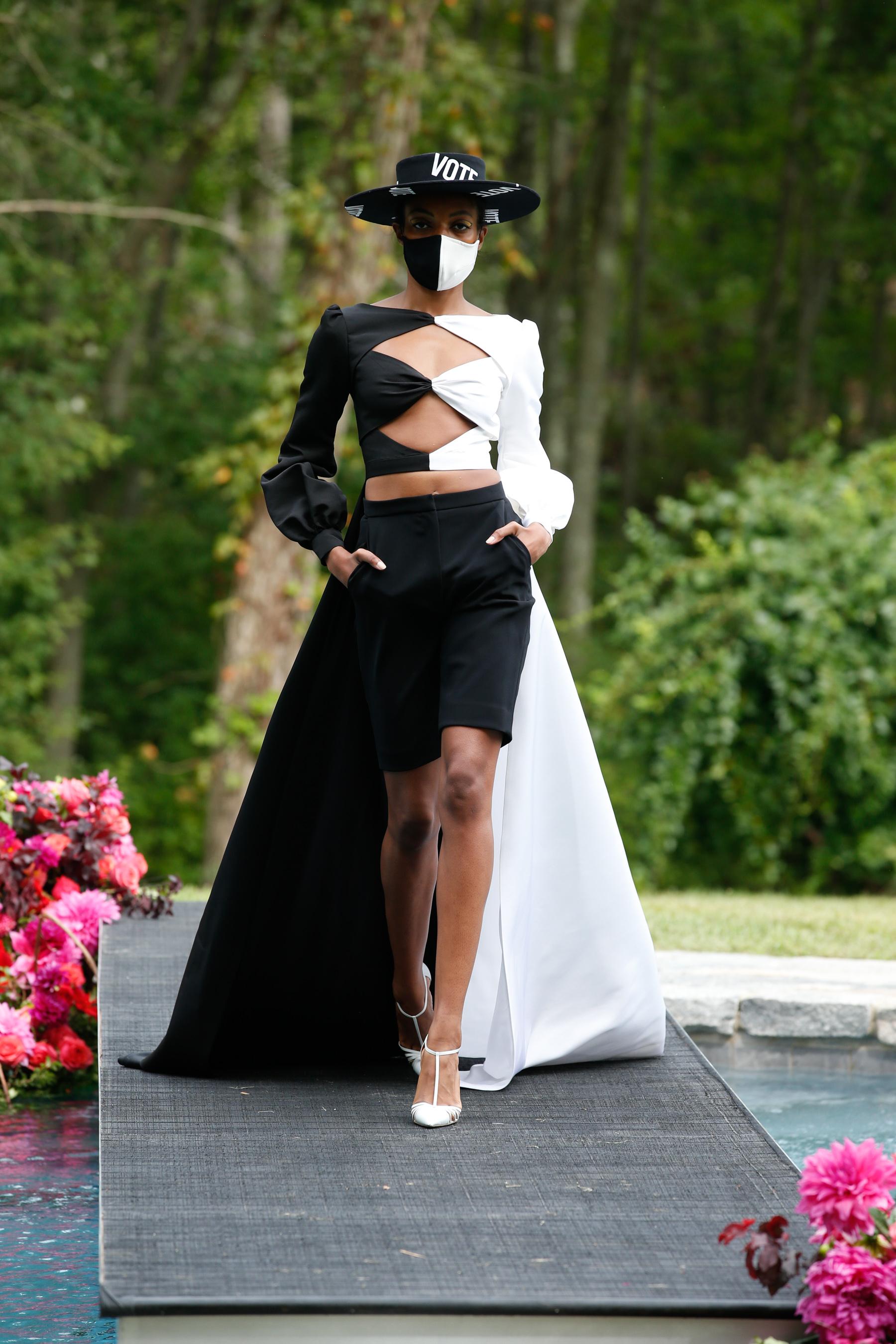 Christian Siriano Spring 2021 Fashion Show Photos
