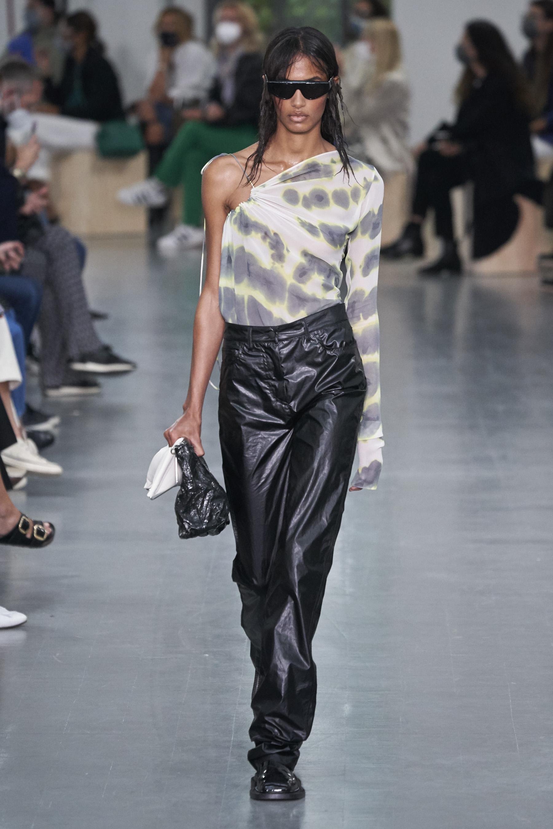 Sportmax Spring 2021 Fashion Show Photos