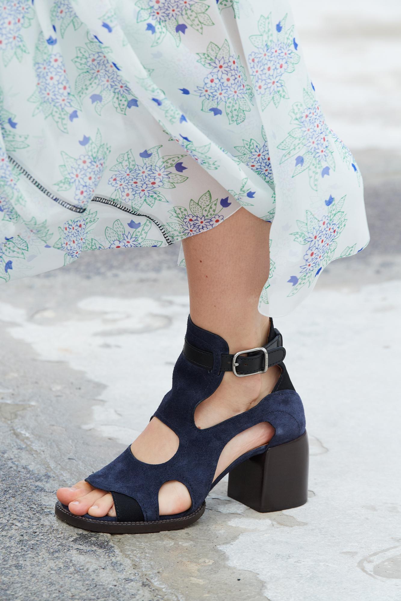 Chloe Spring 2021 Fashion Show Details Photos