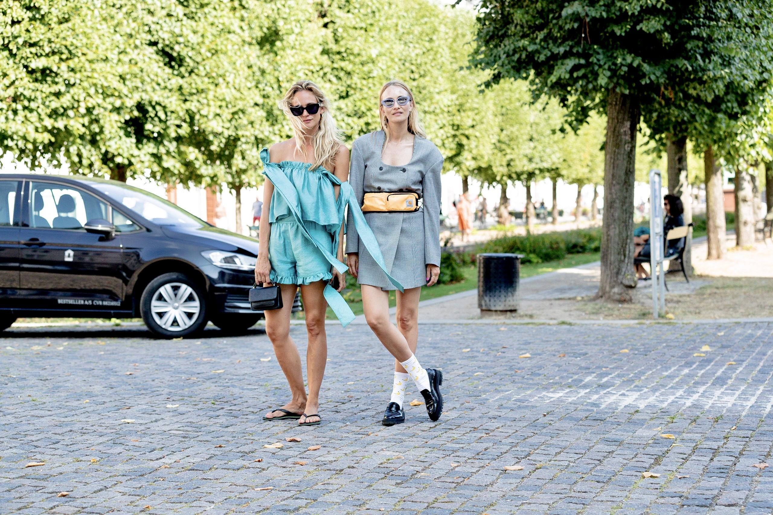 Best Fashion Street Style Spring 2021 Photos