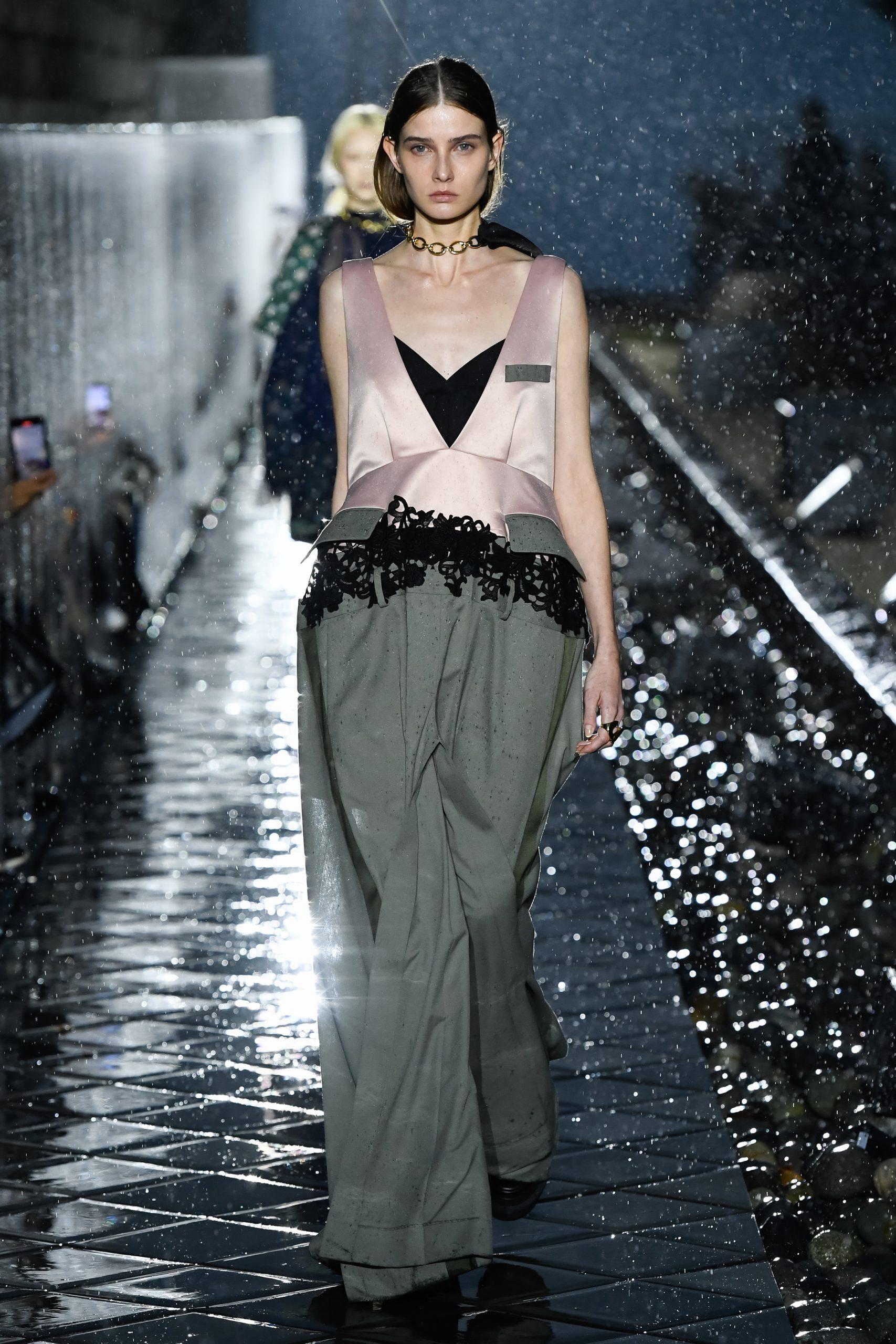 Sacai Spring 2021 Fashion Collection Photos