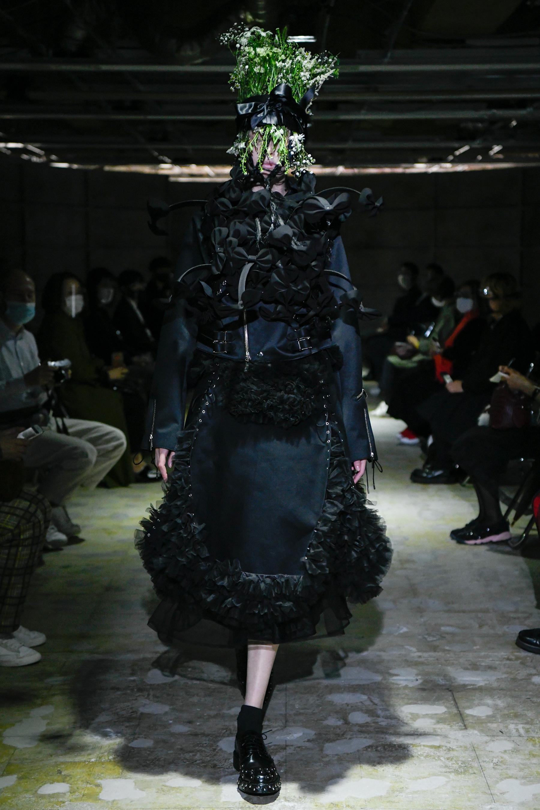 Noir Kei Ninomiya Spring 2021 Fashion Show Photos