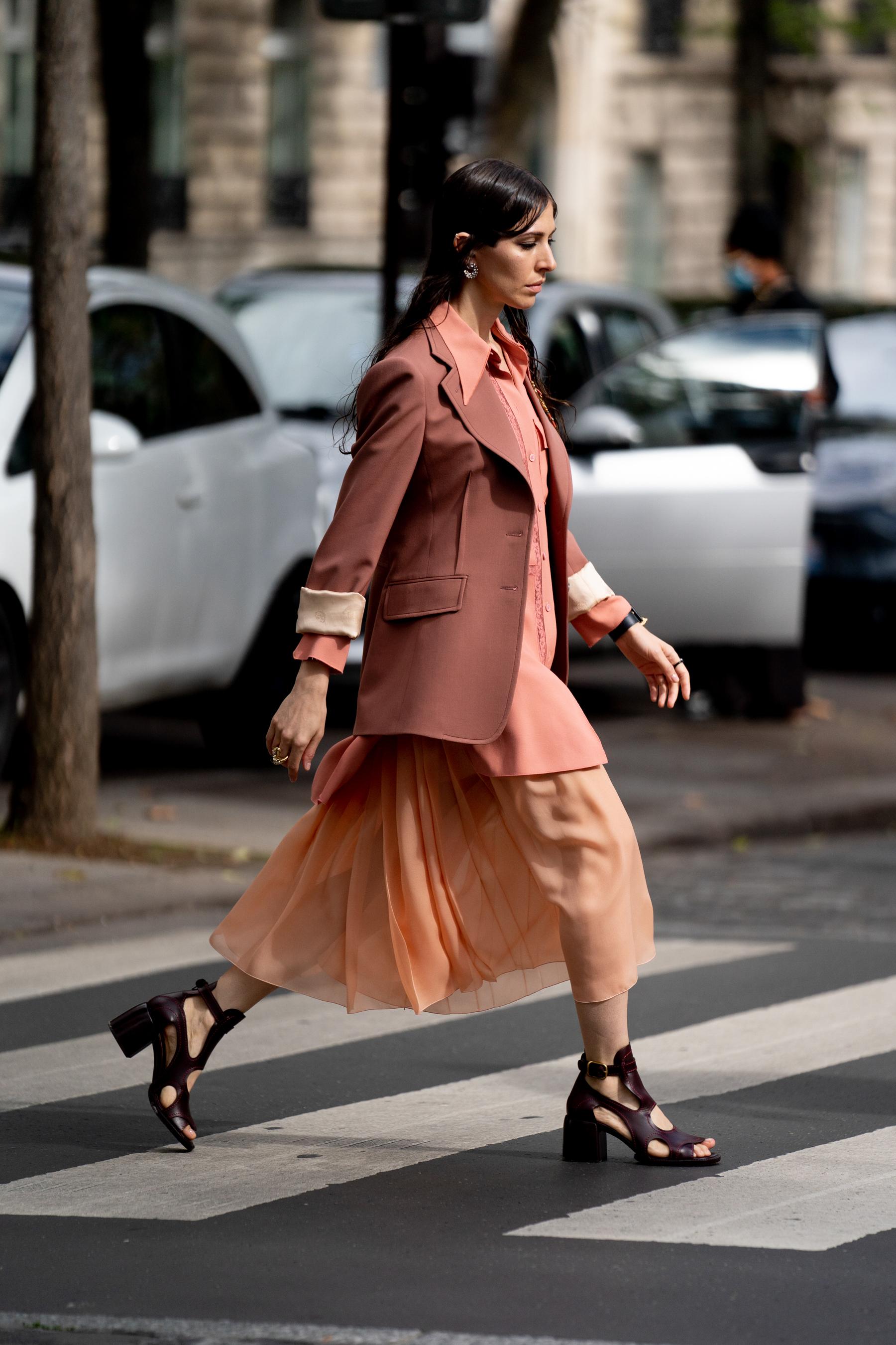 Paris Street Style Spring 2021 Day 3