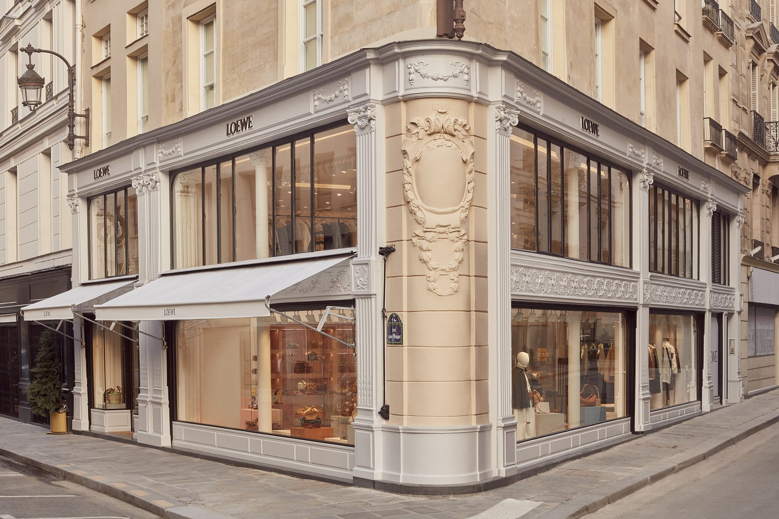 Loewe Opens New Doors On Rue Saint-Honoré