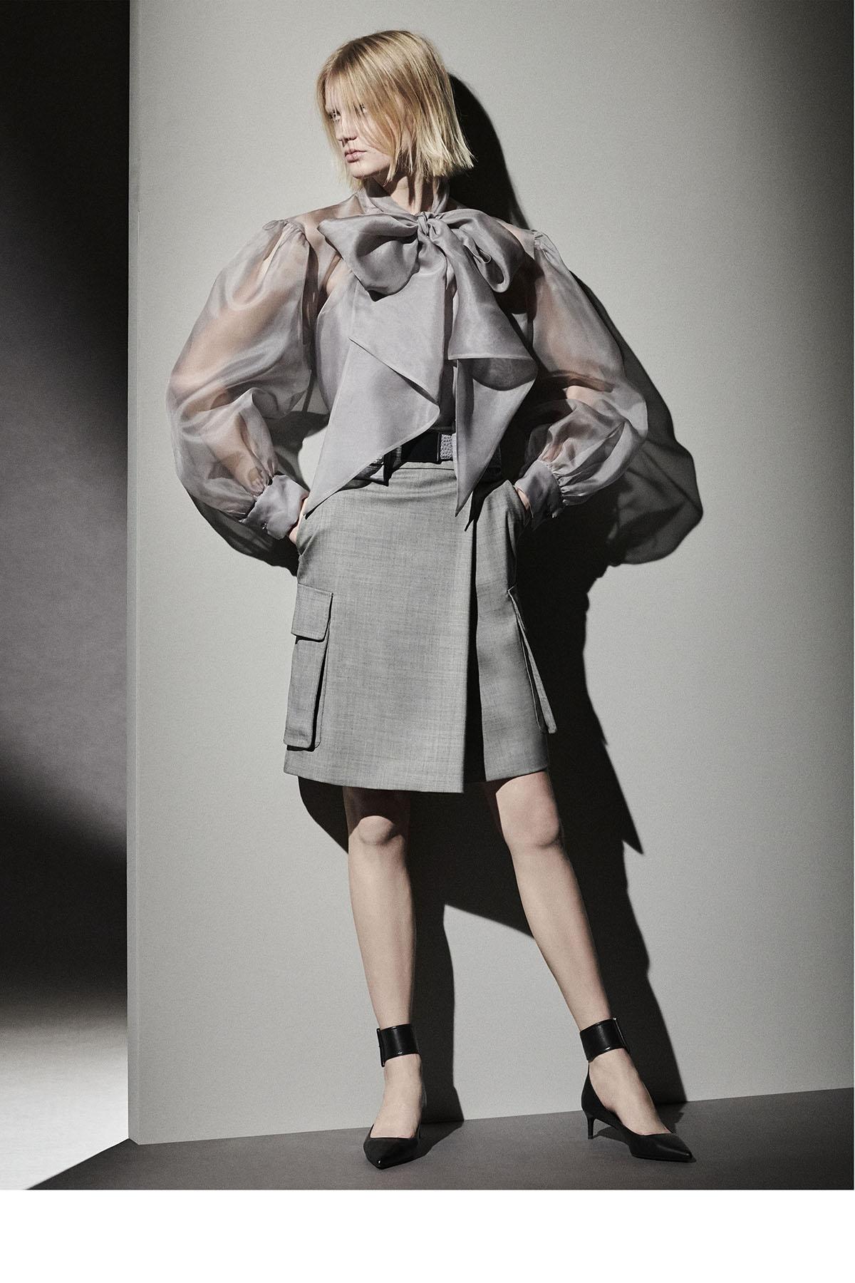Max Mara Pre-Fall 2021 Fashion Show Photos