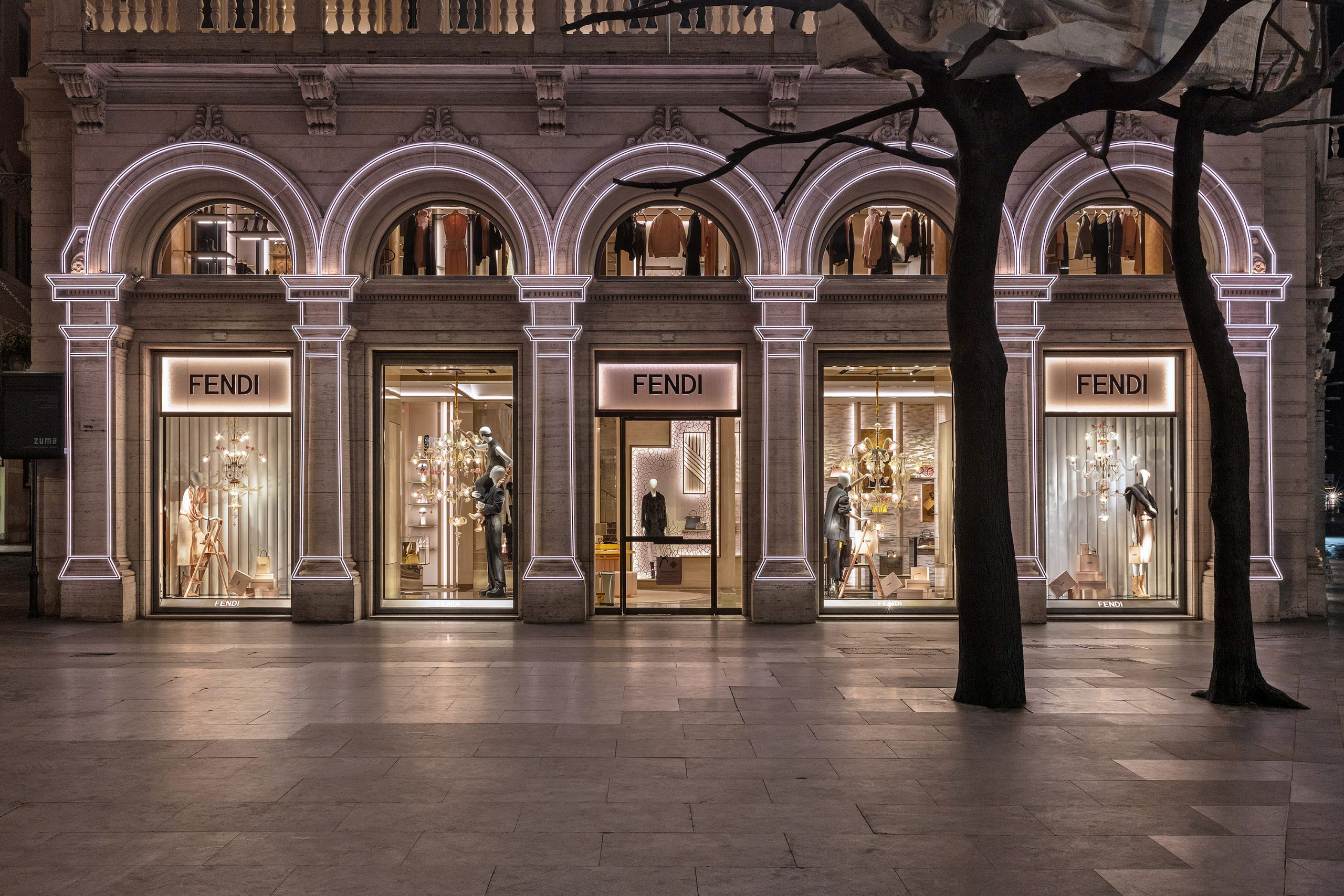 Fendi Displays Their Annual Roman Holiday Decorations
