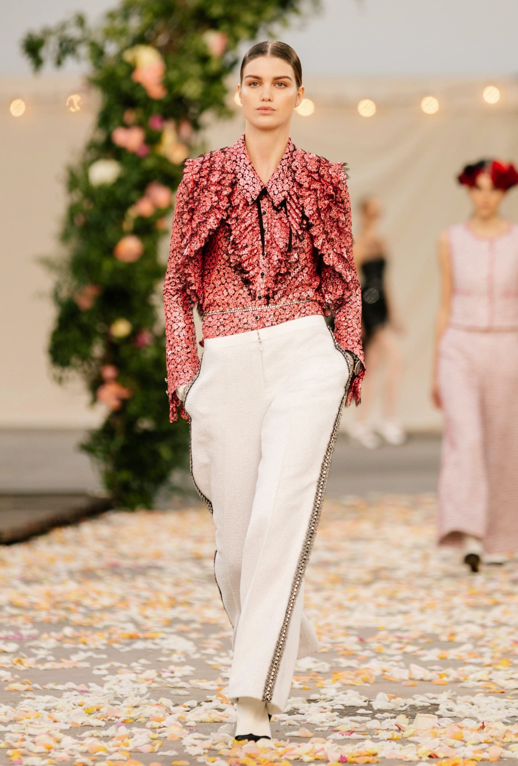 Chanel Spring 2021 Haute Couture Fashion Show Review