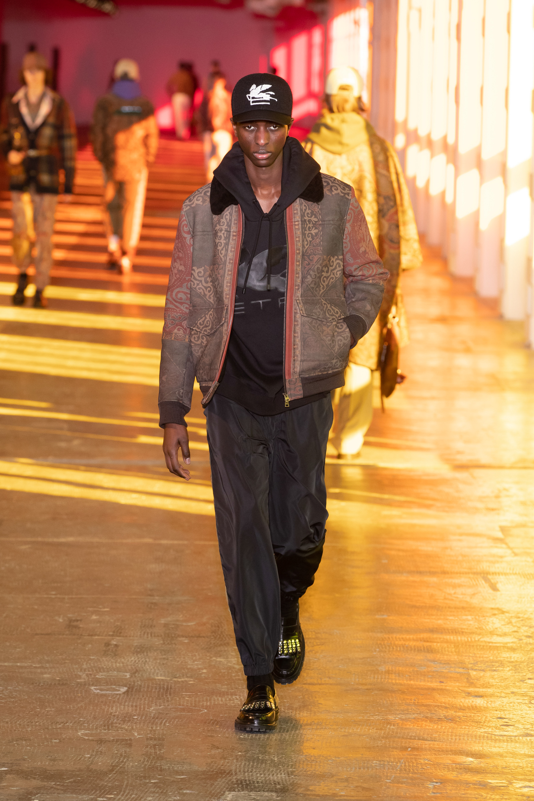 Etro Fall 2021 Men's Fashion Show Photos