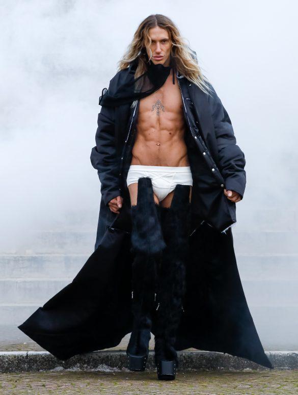 Rick Owens Fall 2021 Men's Fashion Show Review