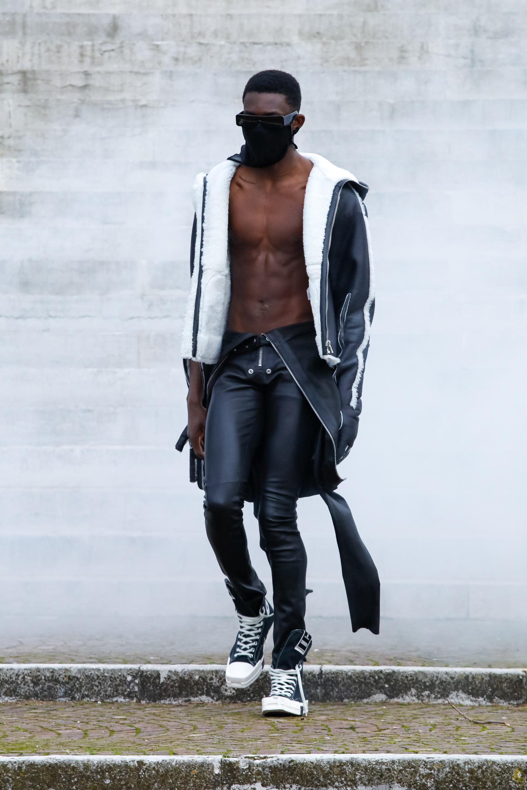 Rick Owens Fall 2021 Men's Fashion Show Photos