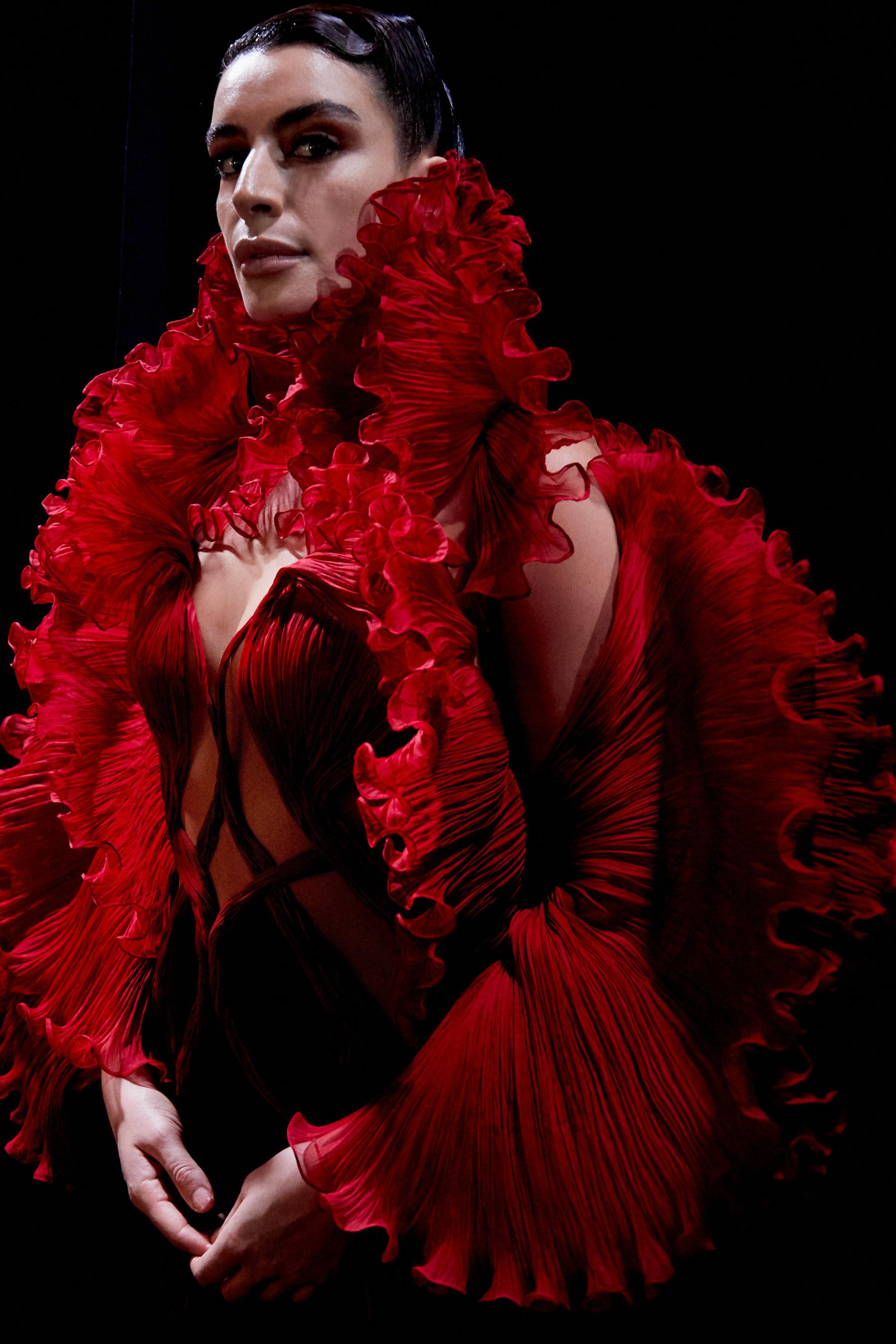 Iris Van Herpen Spring 2021 Couture Fashion Show Photos