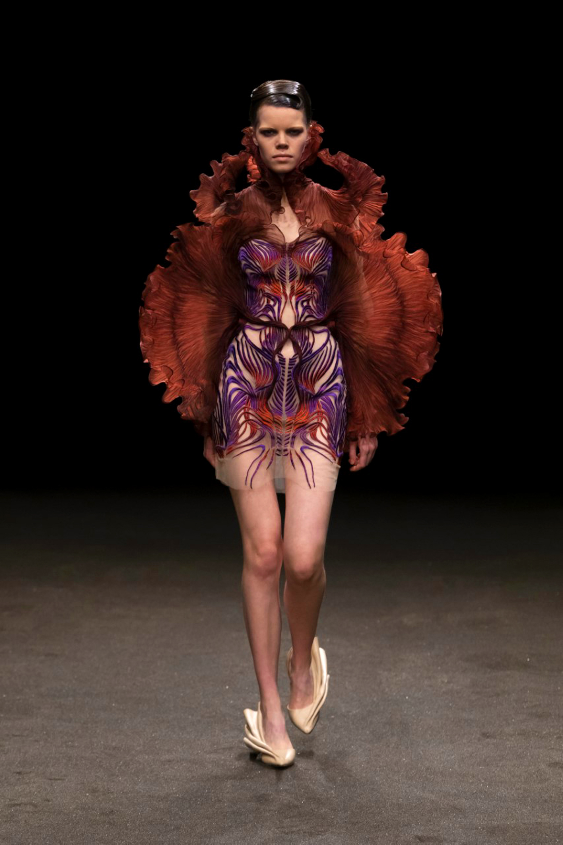 Iris Van Herpen Spring 2021 Couture Fashion Show Photos