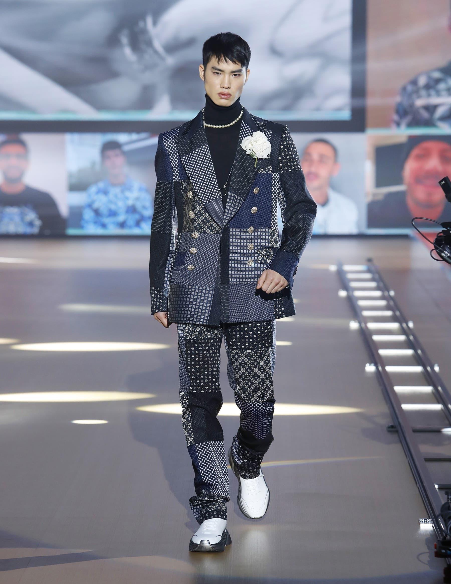 Dolce & Gabbana Men's Fall 2021 Fashion Show Review