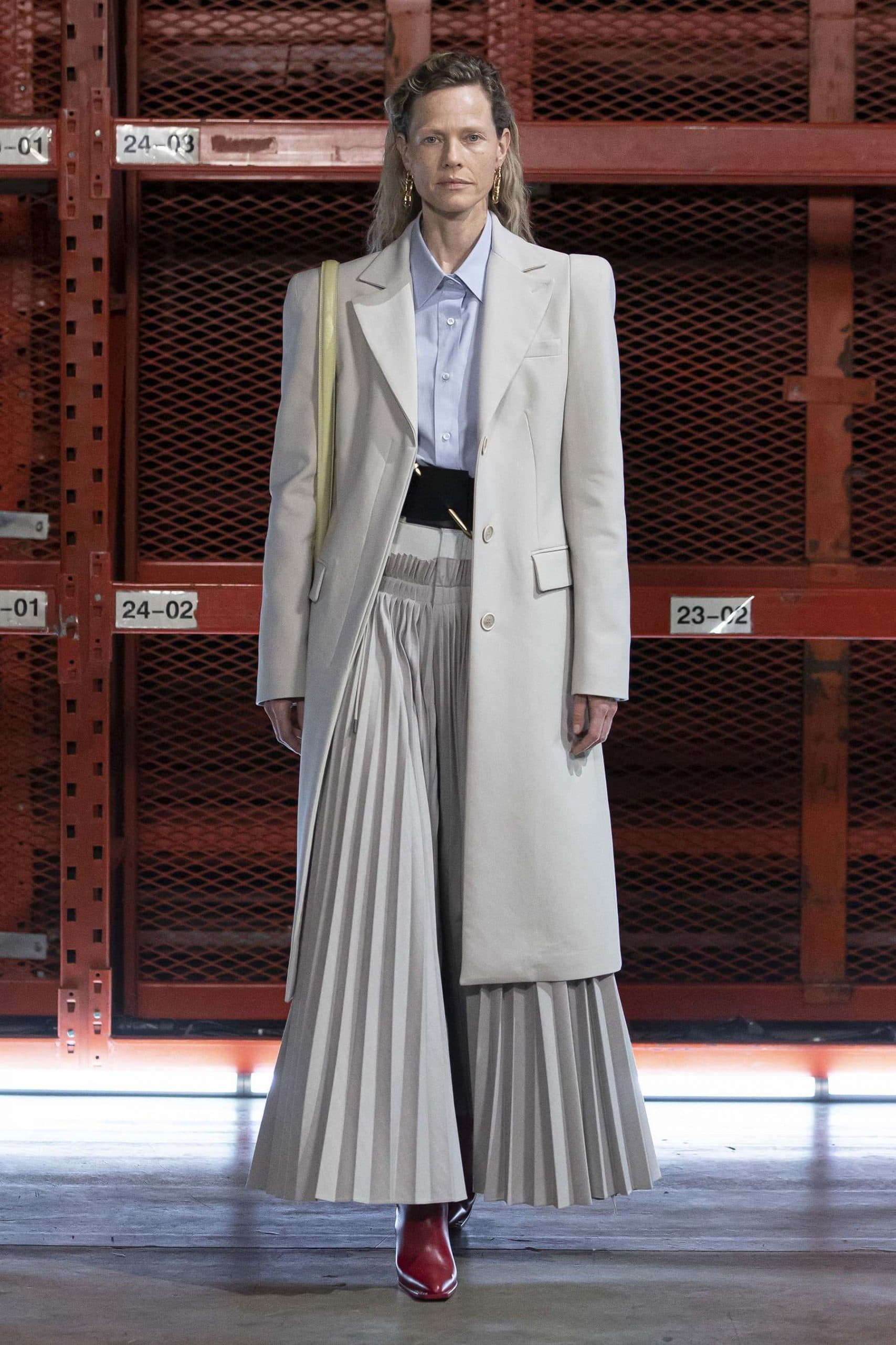 Off-White Spring 2021 Fashion Show review