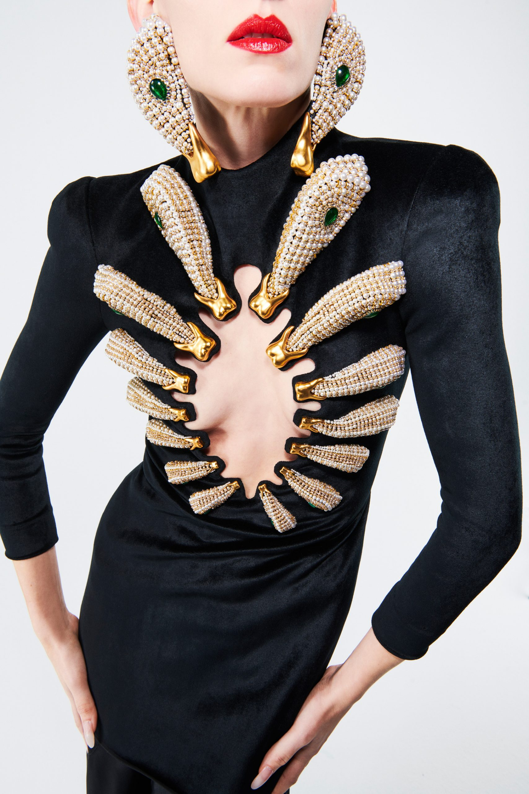 Oversized Jewelry Spring 2021 Couture Fashion Trend