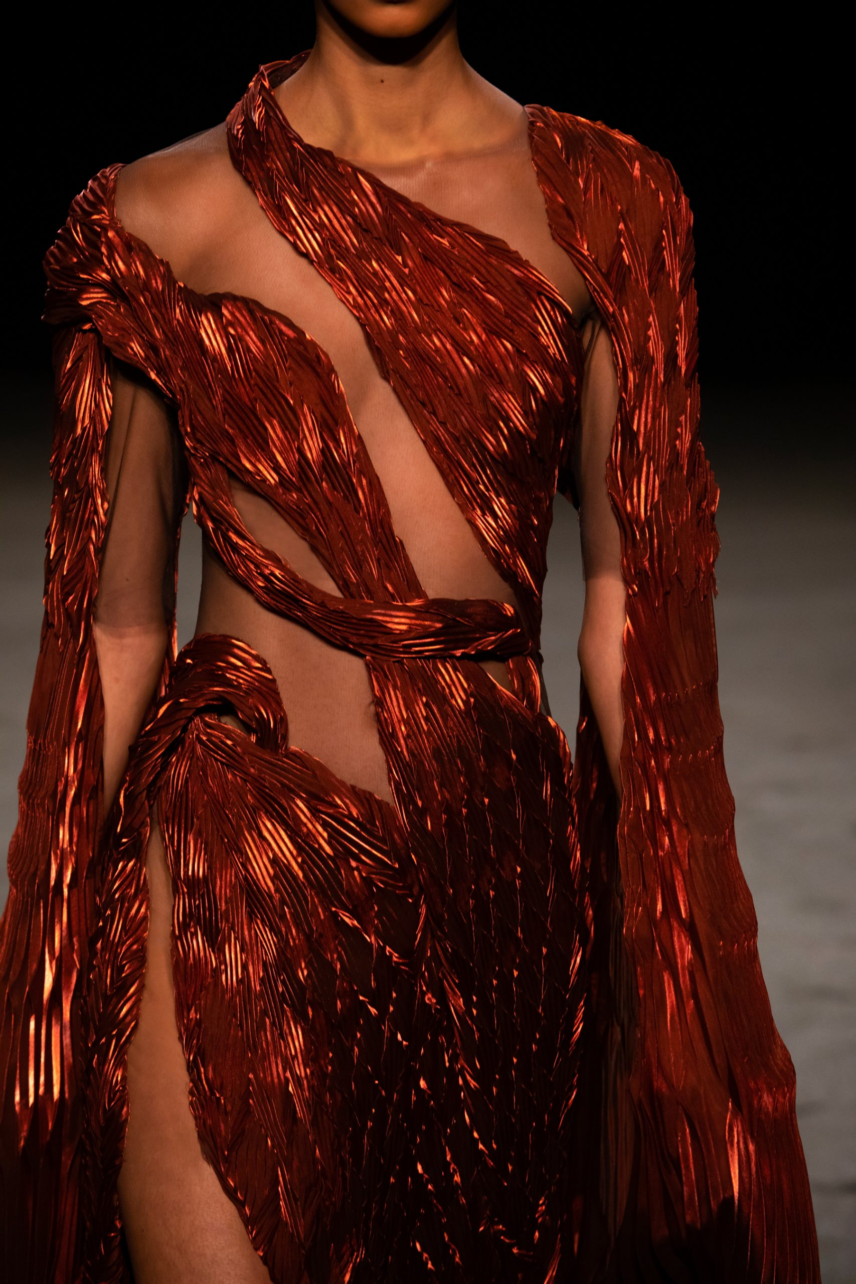 Iridescent Couture Spring 2021 Fashion Trend