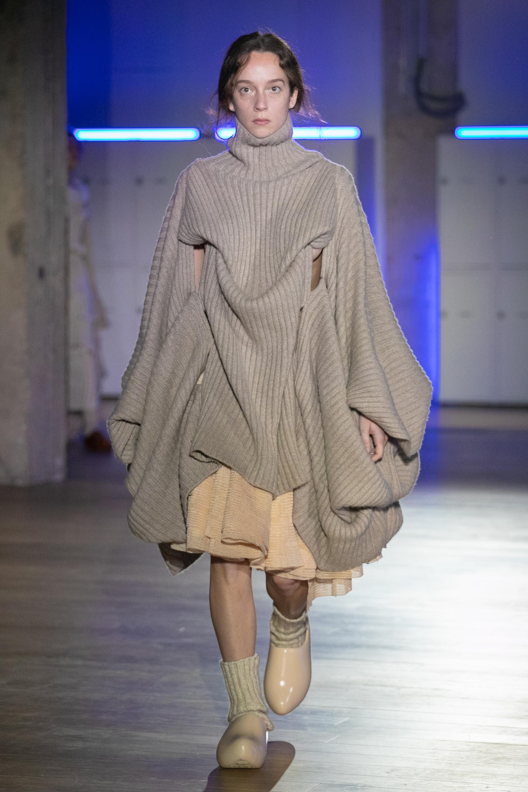 Institut Francais De La Mode Master Of Arts Fall 2021 Fashion Show
