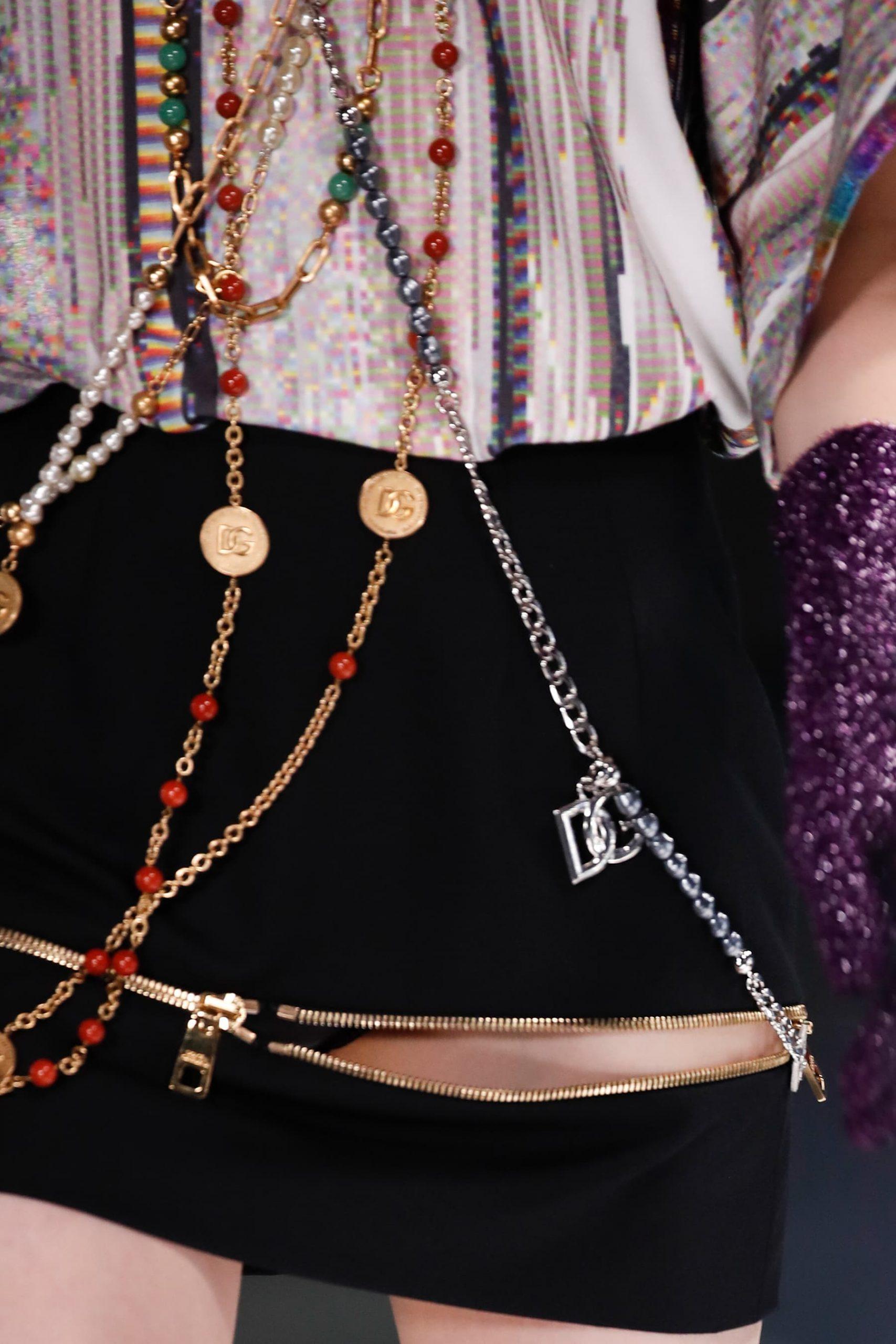 Dolce & Gabbana Fall 2021 Fashion Show Accessories