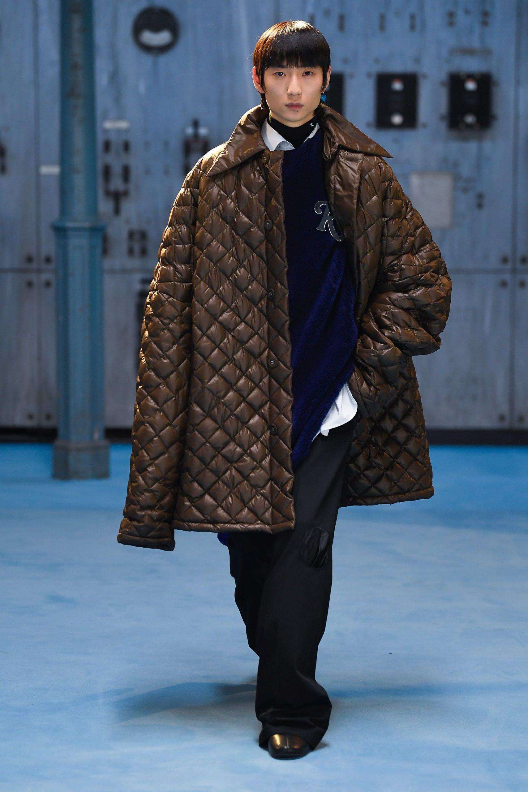 Raf Simons Fall 2021 Fashion Show Photos