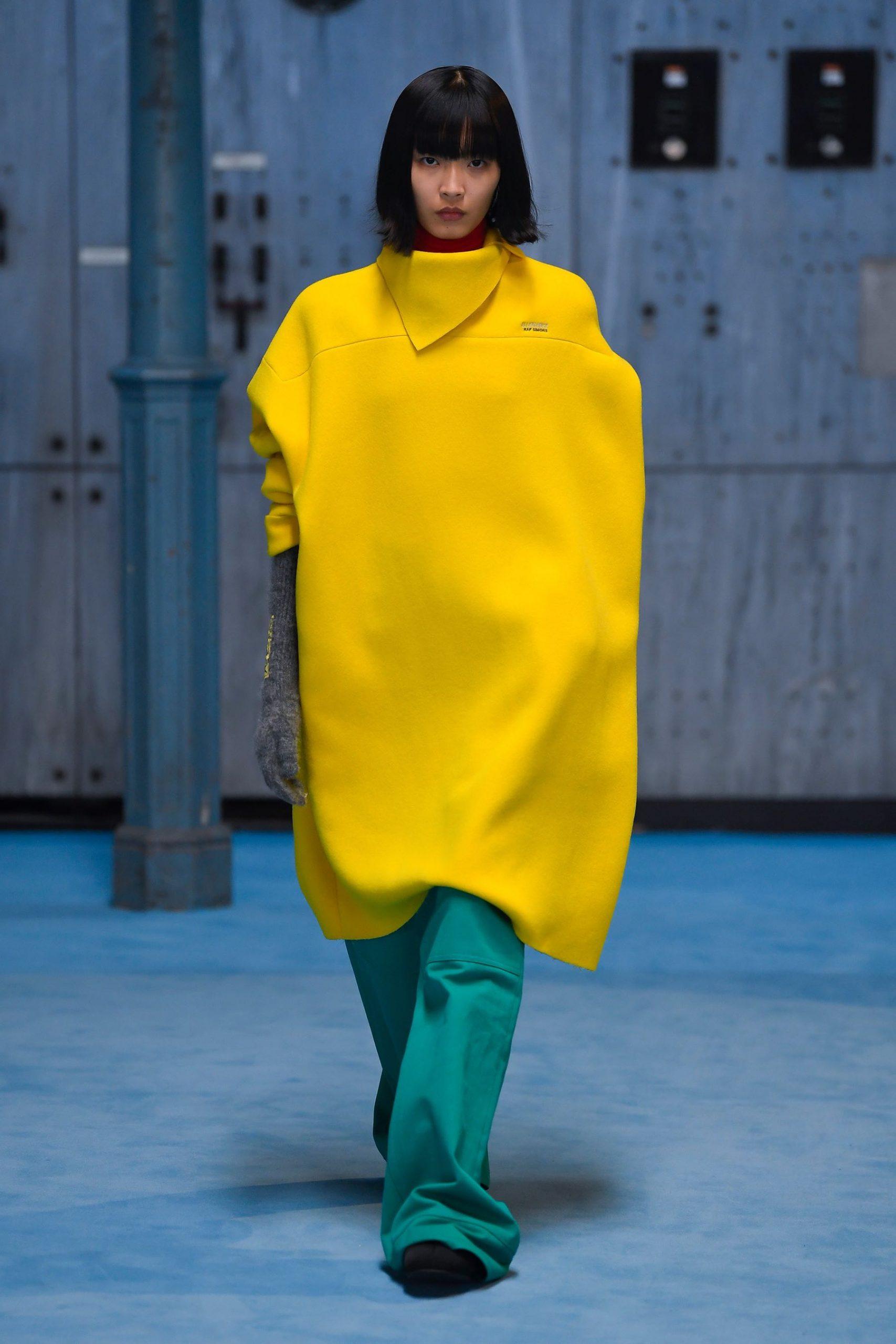Raf Simons Fall 2021 Fashion Show Review