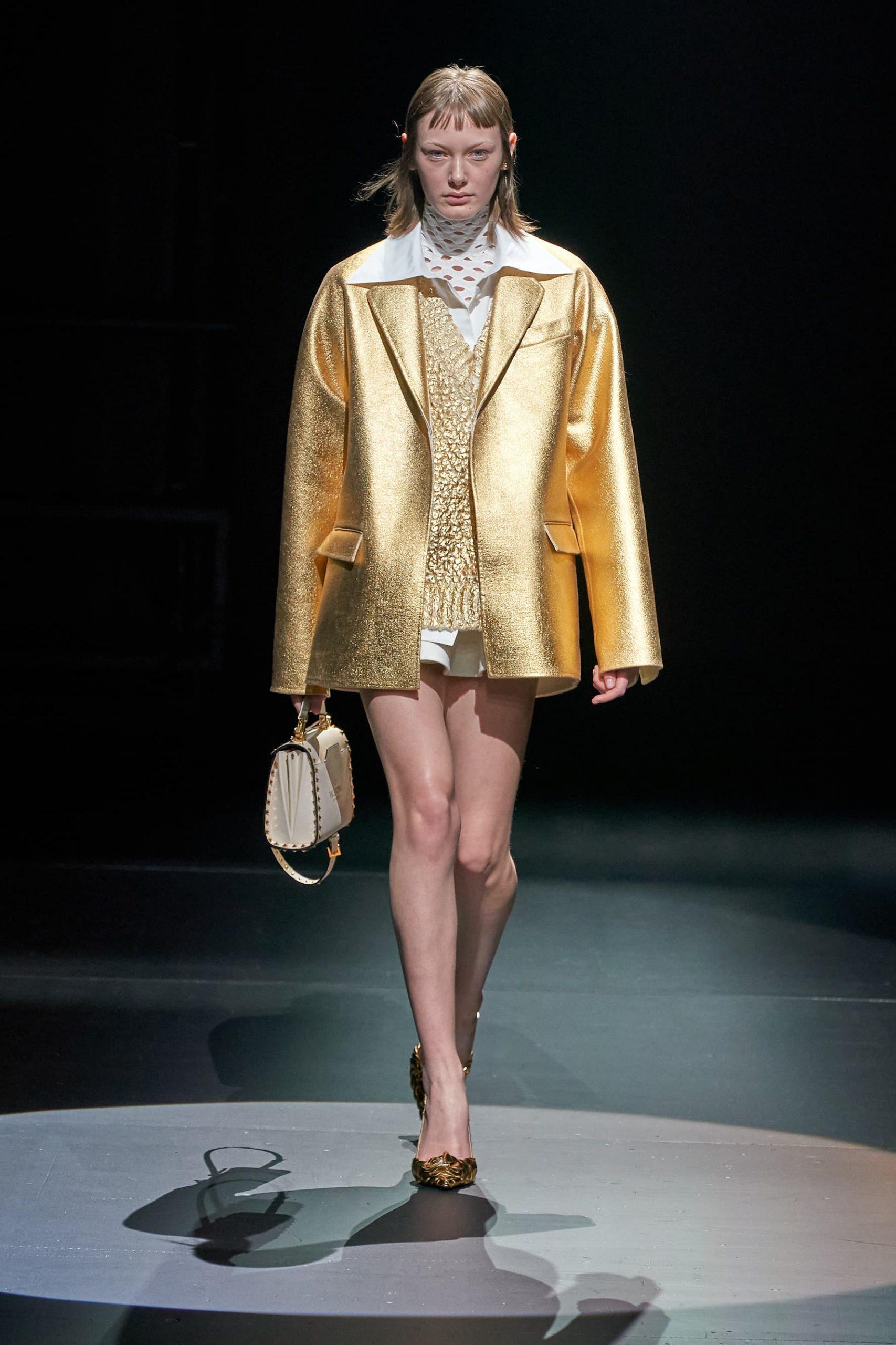 Valentino Fall 2021 Fashion Show Review