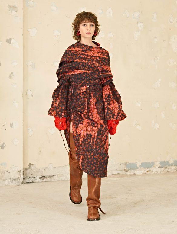 Acne Studios Fall 2021 Fashion Show