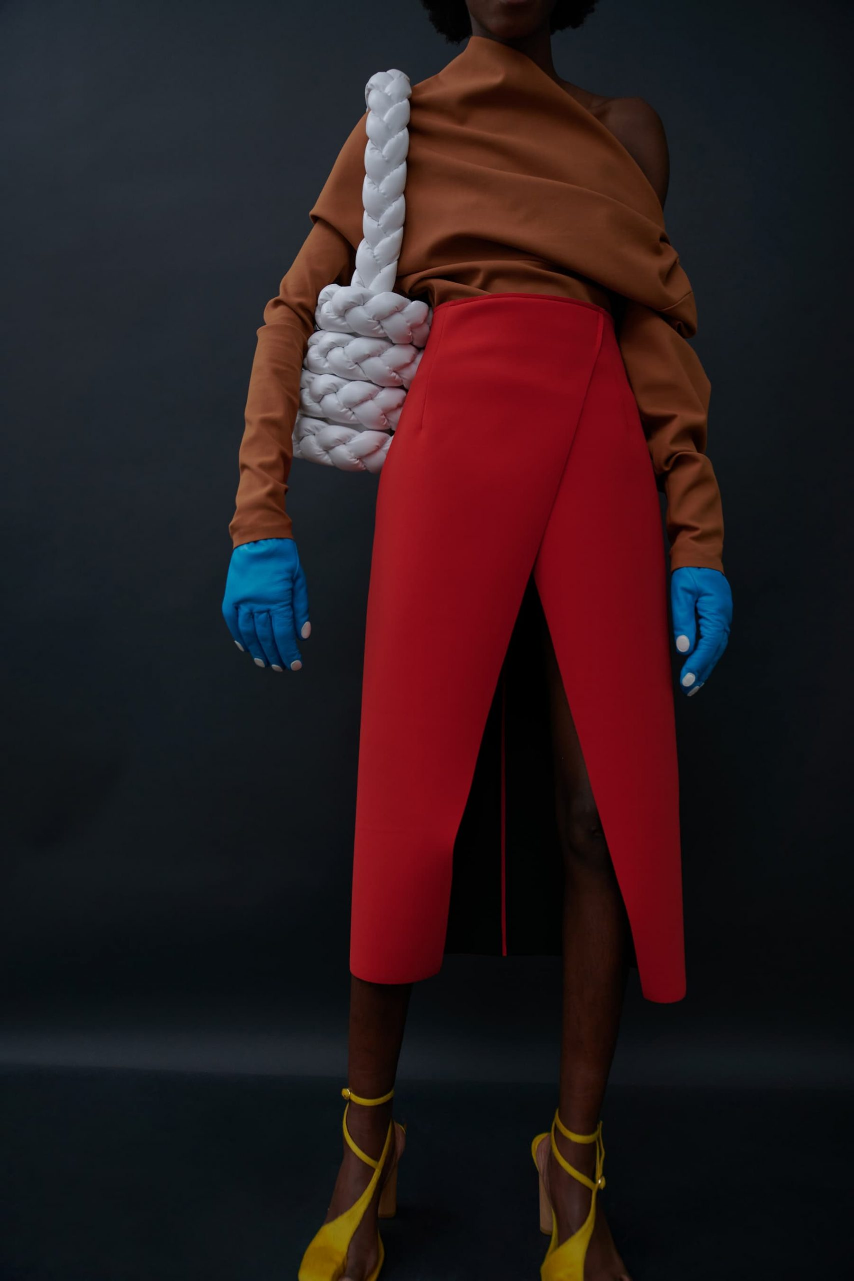 Long Sleeves & Gloves Fall 2021 Fashion Trend