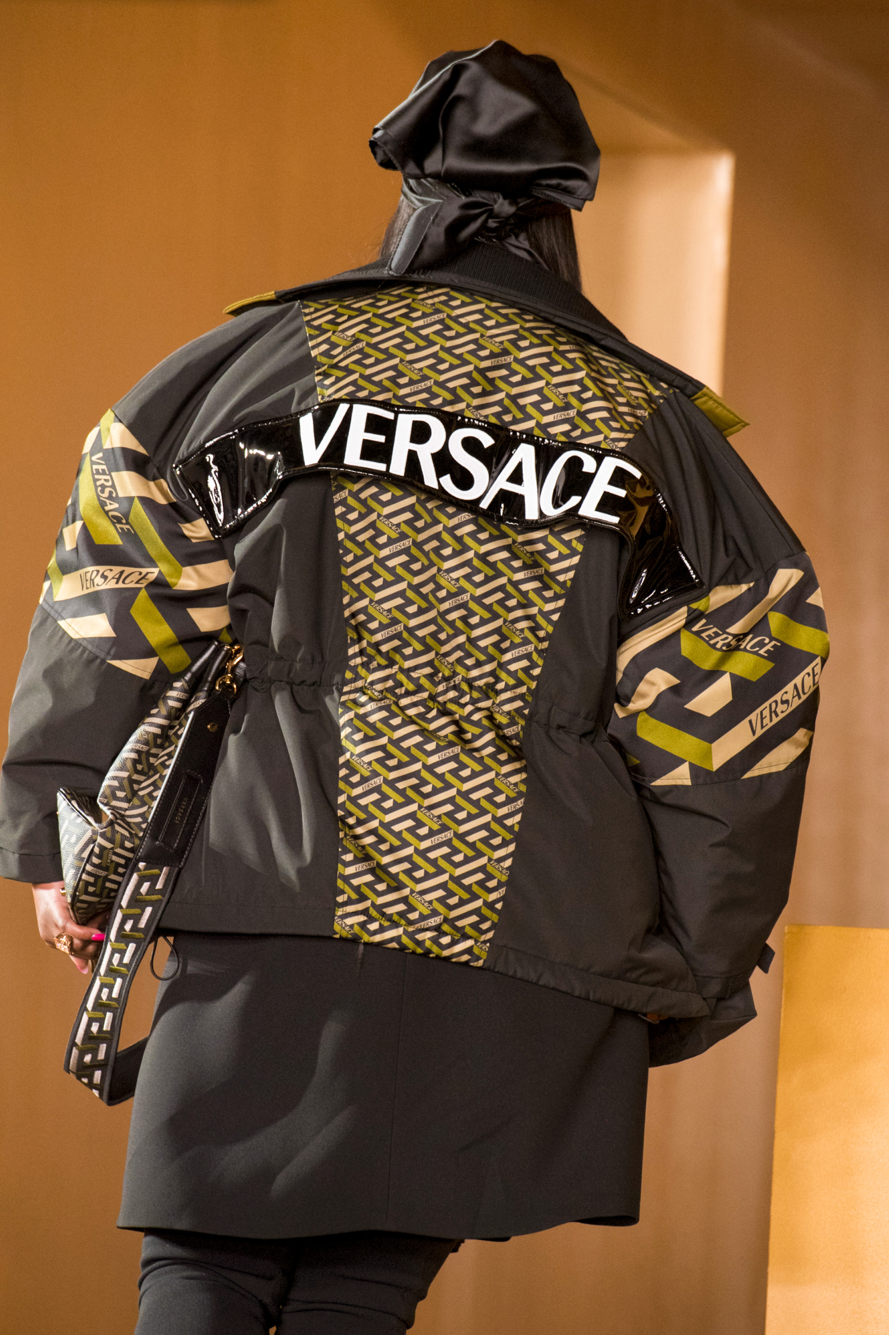 Versace Fall 2021 Fashion Show