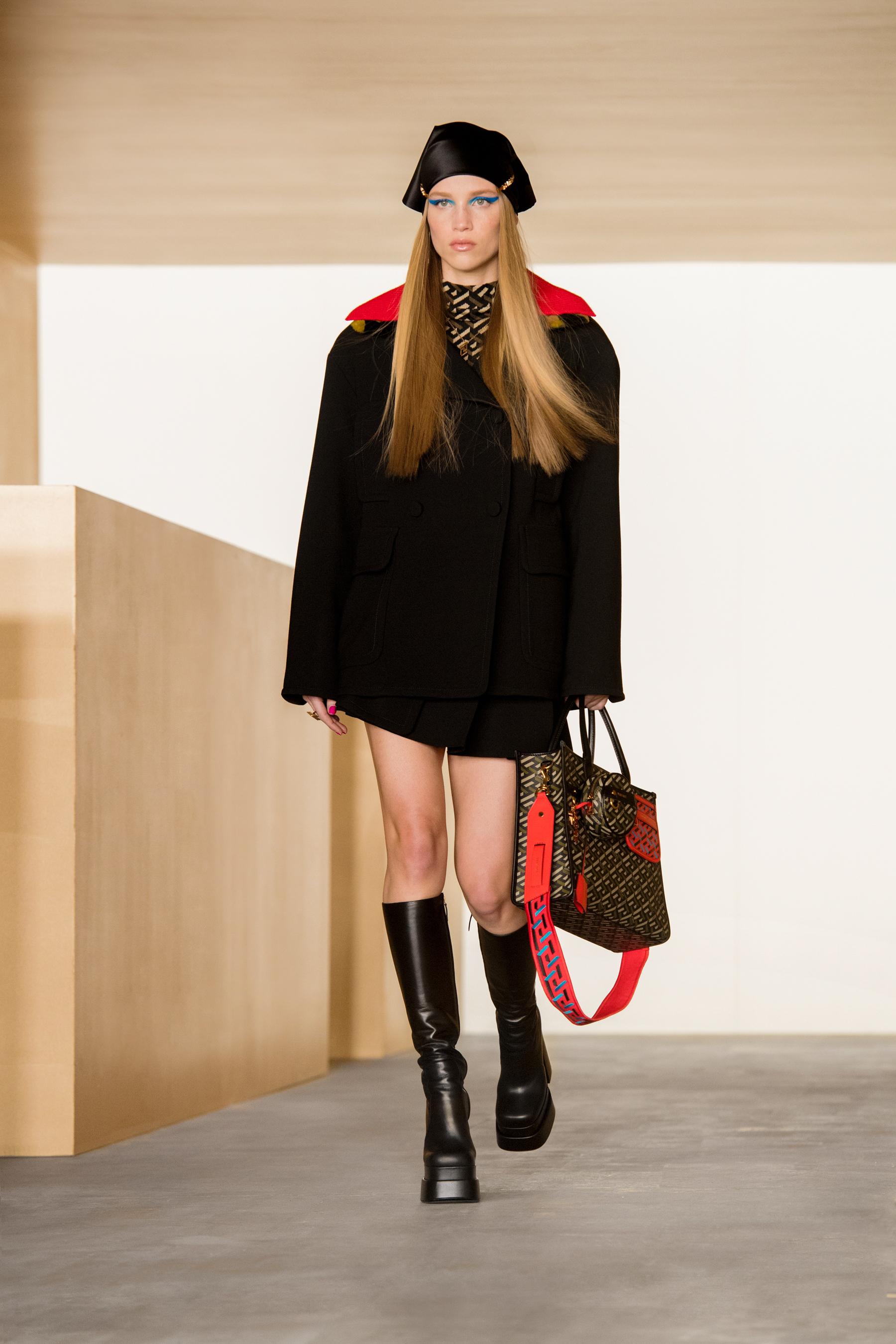 Versace Fall 2021 Fashion Show