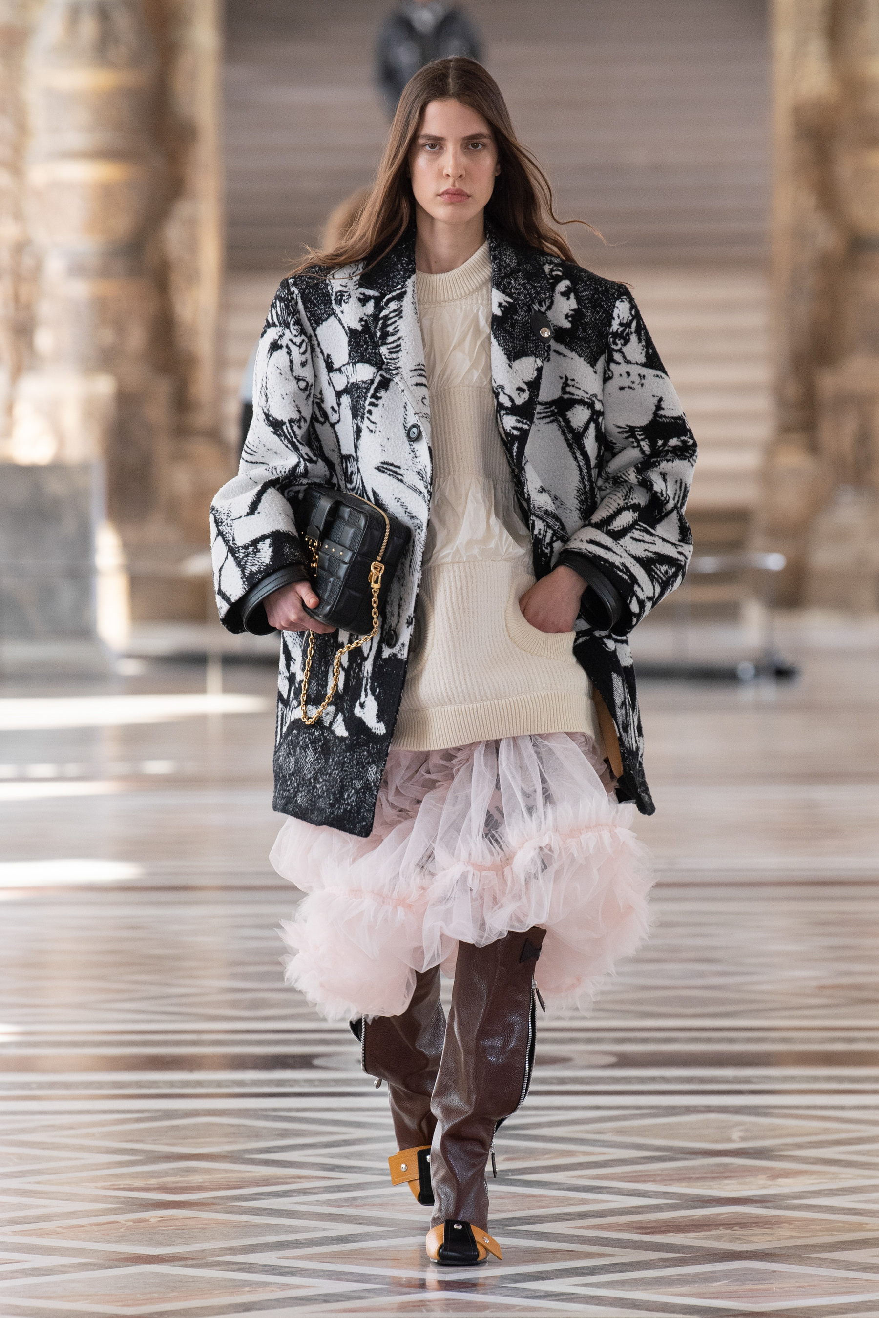Louis Vuitton Fall 2021 Fashion Show