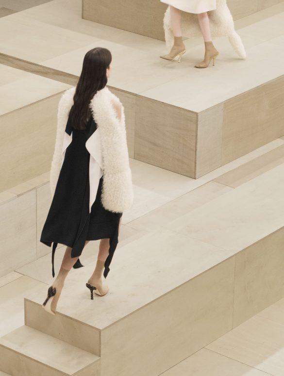 Burberry Fall 2021 Fashion Show Review