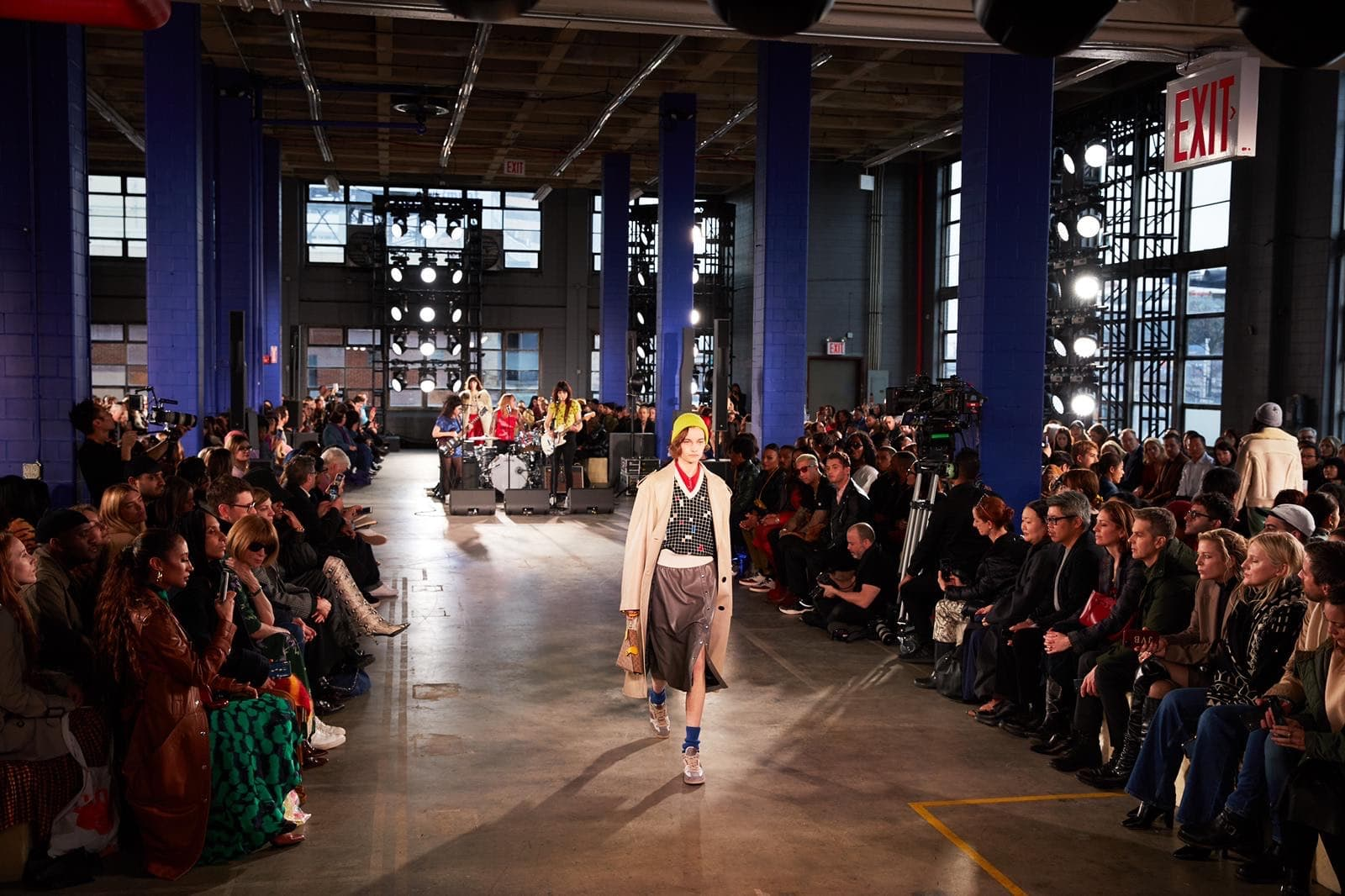 NYFW Confirms September Live Shows Dates Ending with Met Event